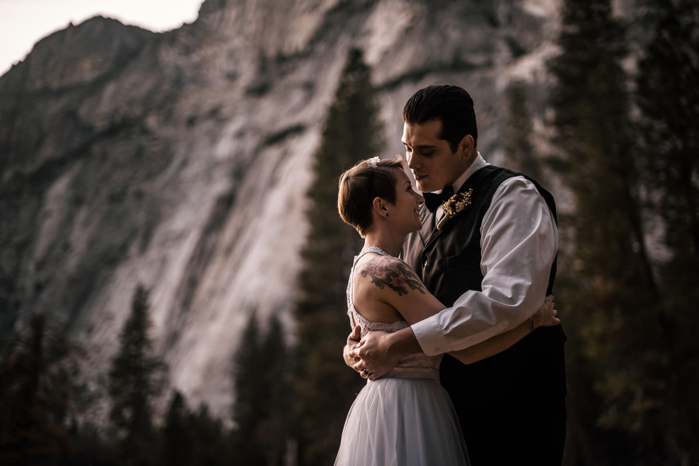 California offers a such wide range of amazing destinations to elope to, it can be hard to pick the perfect site for your ceremony.