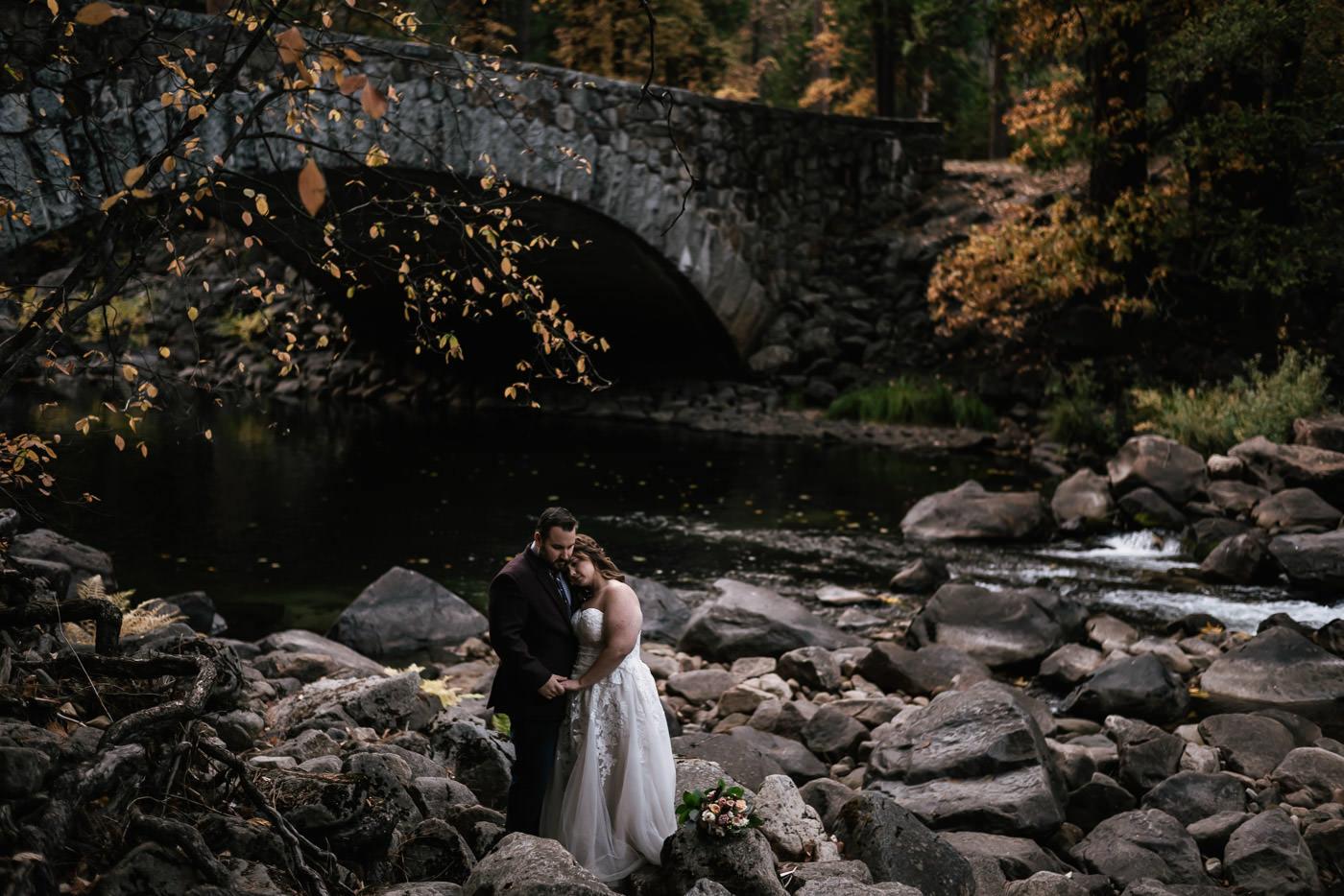 pohono-bridge-elopement-photos-yosemite-2.jpg