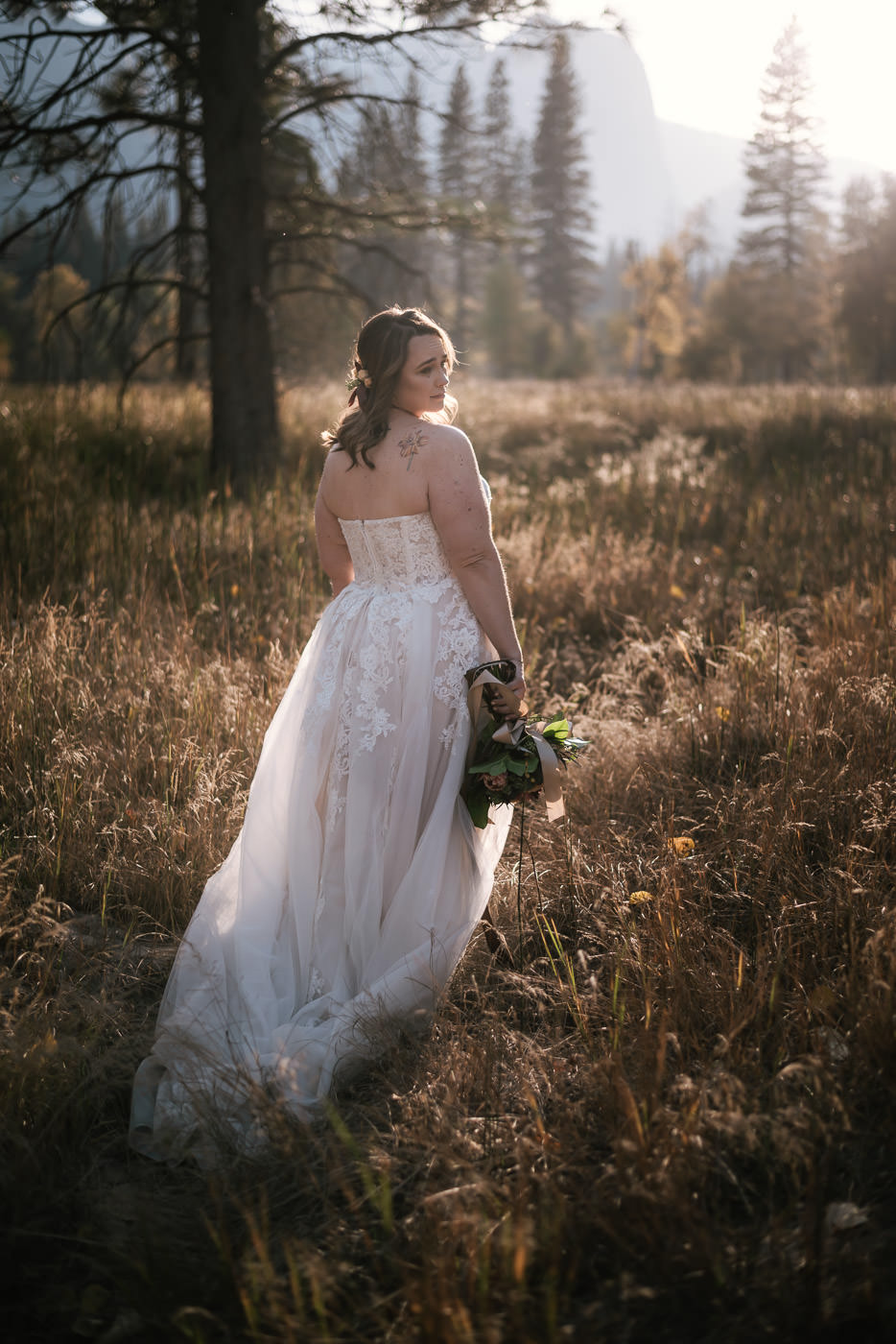 yosemite-meadow-wedding-photos-sunset-14.jpg