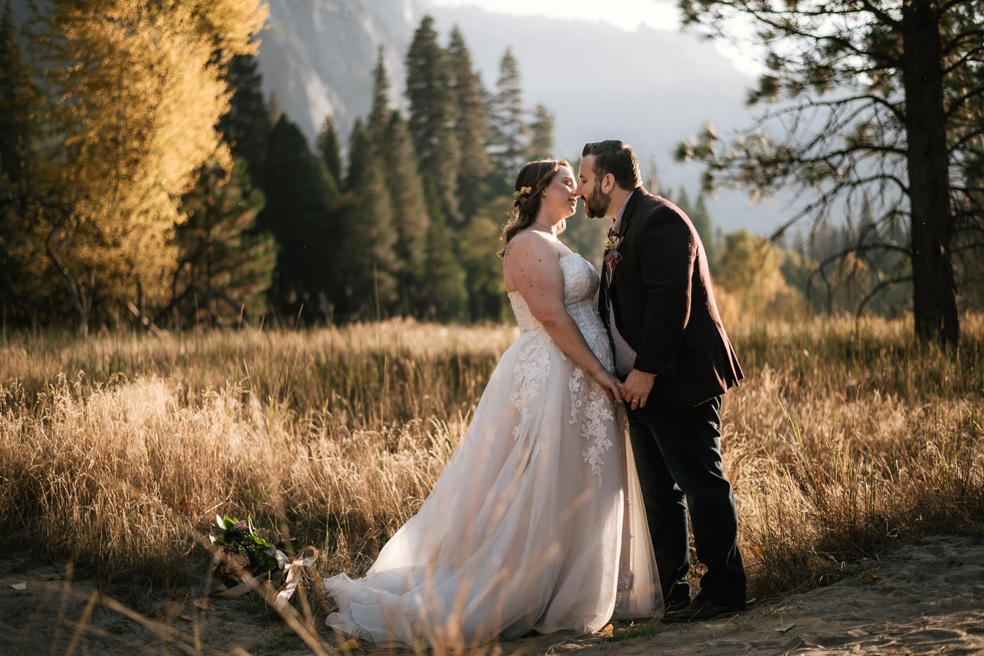 yosemite-meadow-wedding-photos-sunset-29.jpg