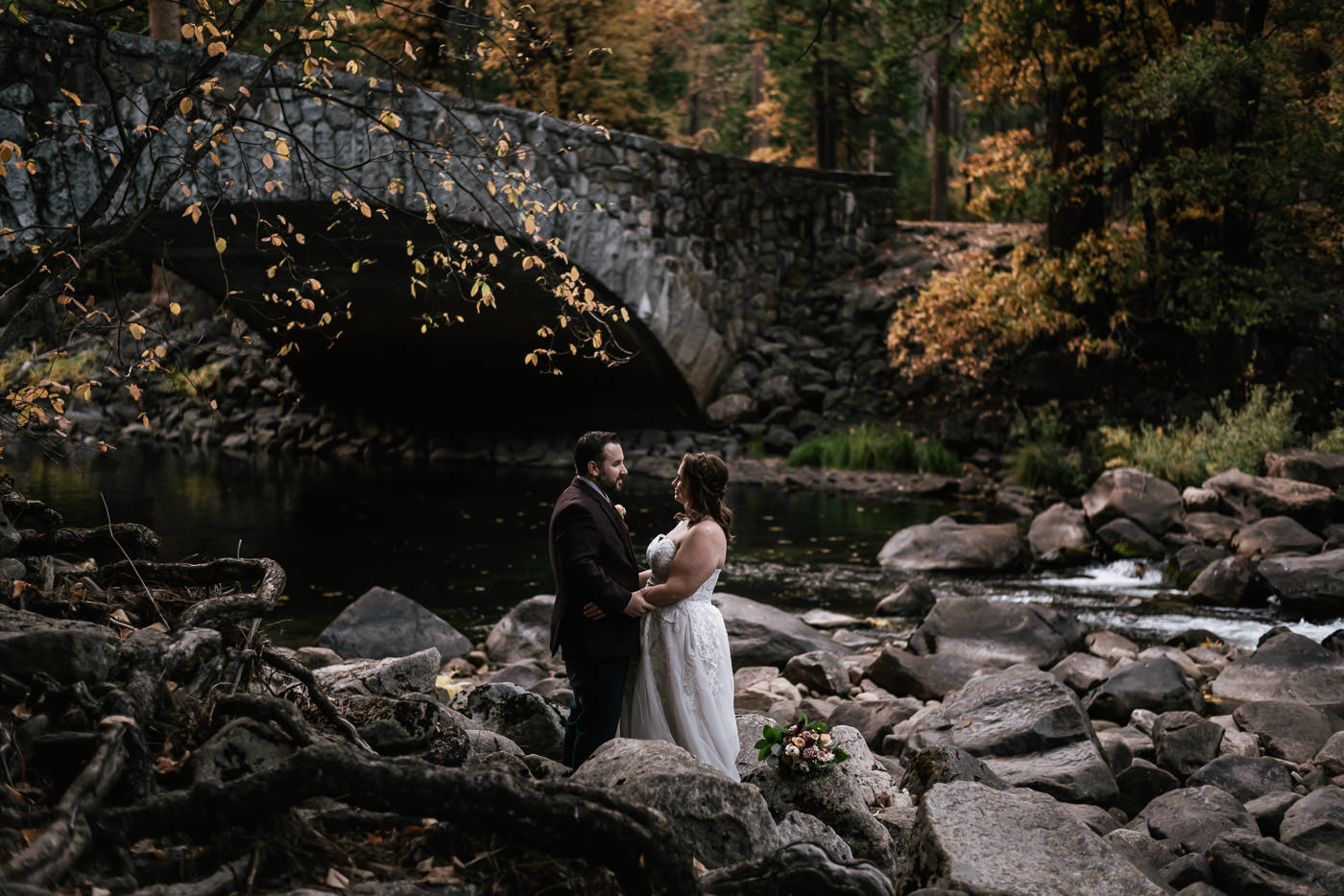 pohono-bridge-elopement-photos-yosemite-1.jpg