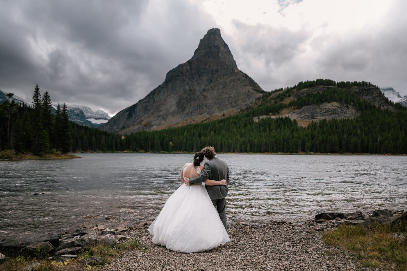 many-glacier-elopement-glacier-national-park-28.jpg