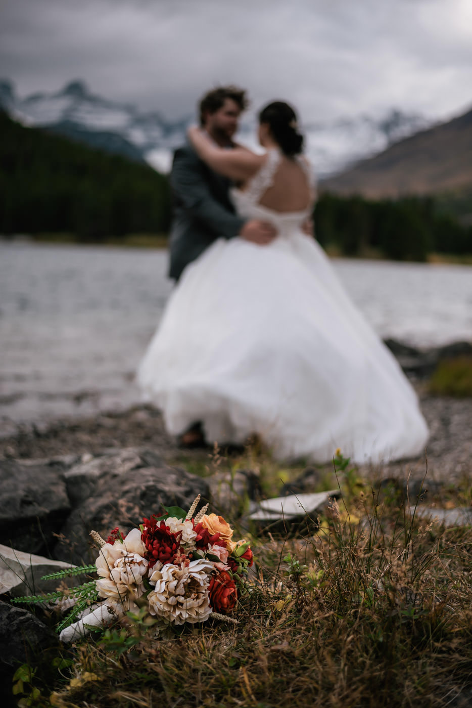many-glacier-elopement-glacier-national-park-37.jpg