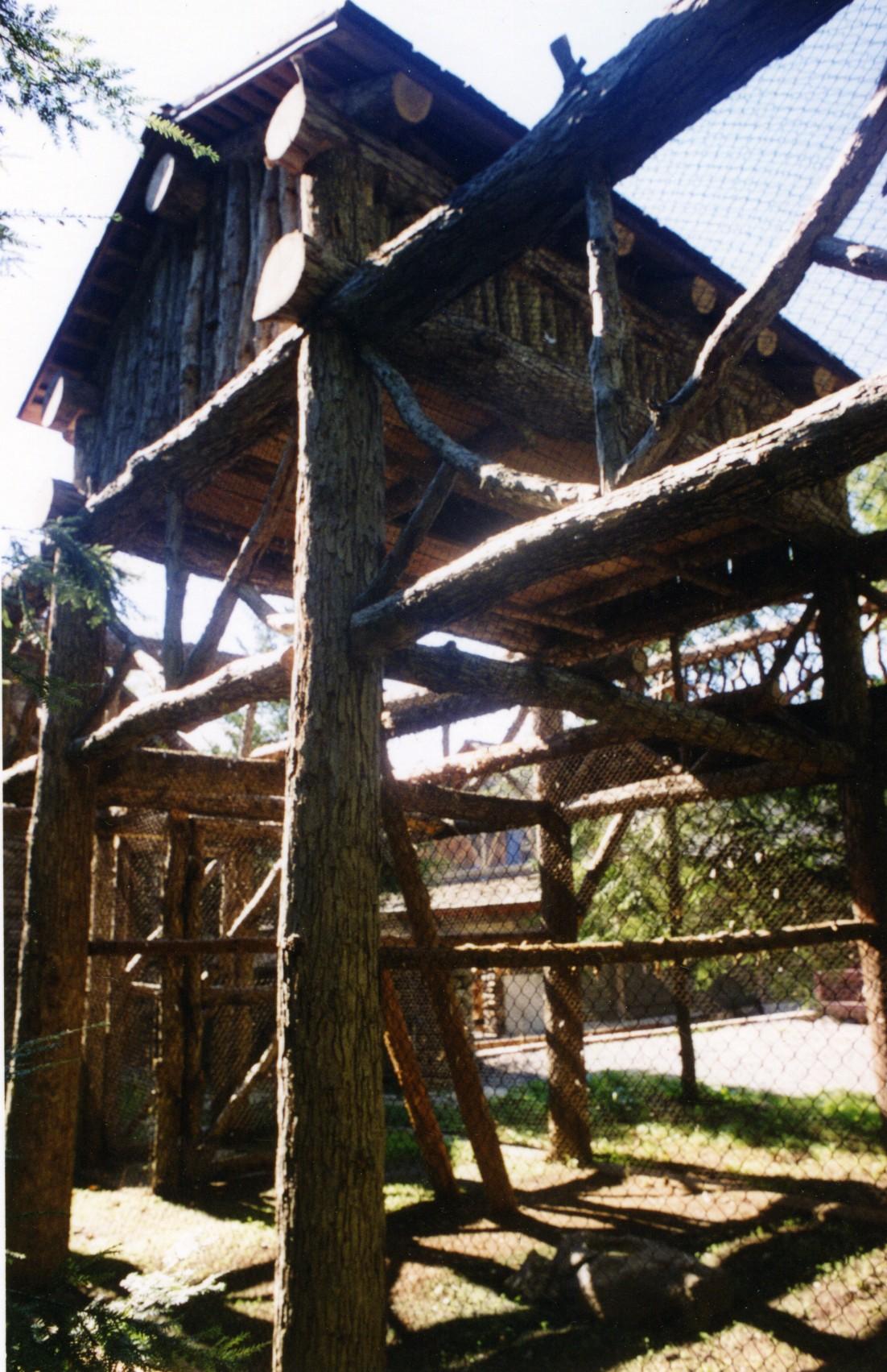 Steinhardt Owl House 007.jpg