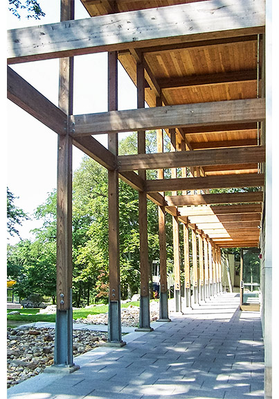 Glulam beams and exposed ceiling