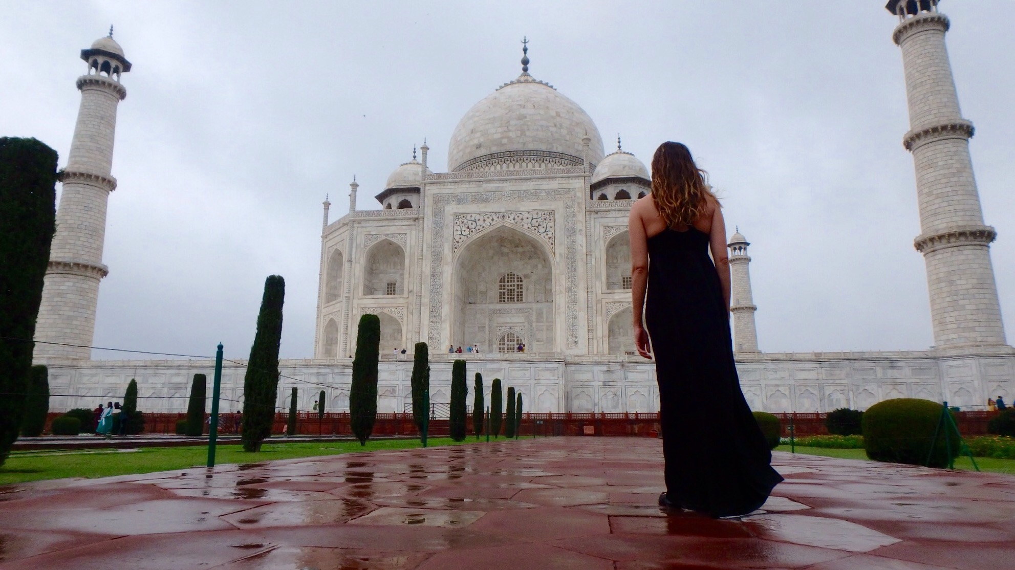 At the Taj in the early morning hours: overcast but lovely.