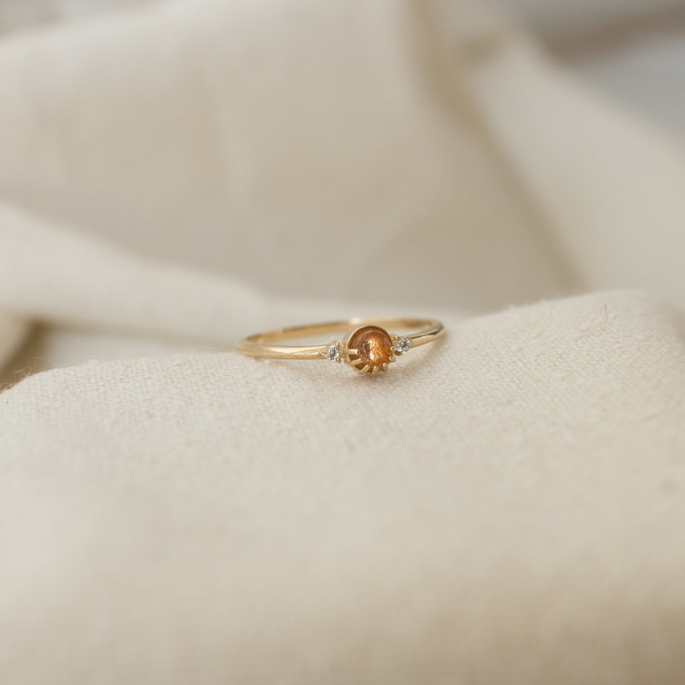Eye ring Dark Sun stone ring Wire ring Sun Stone