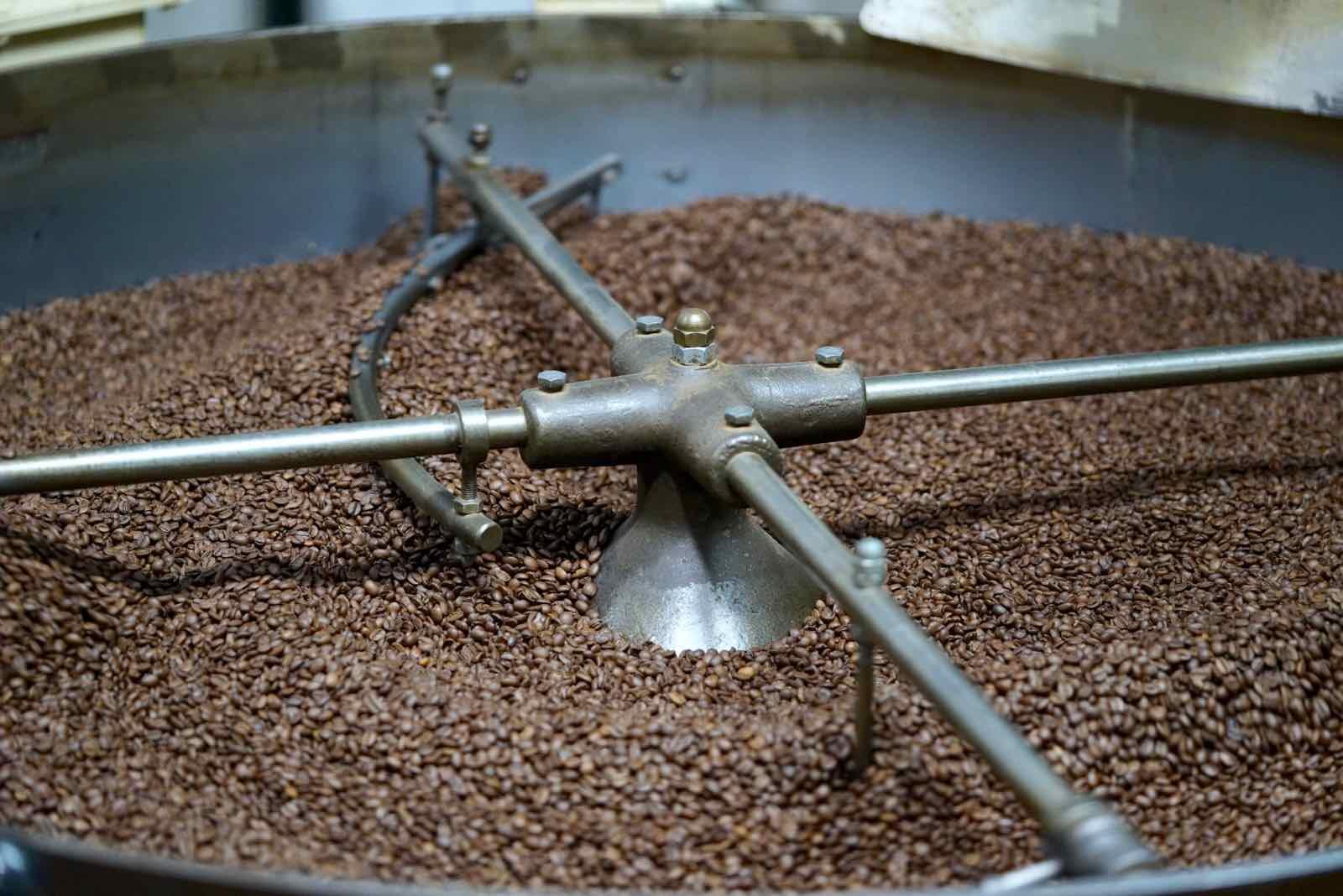 lamill-coffee-factory-tour-3.jpg