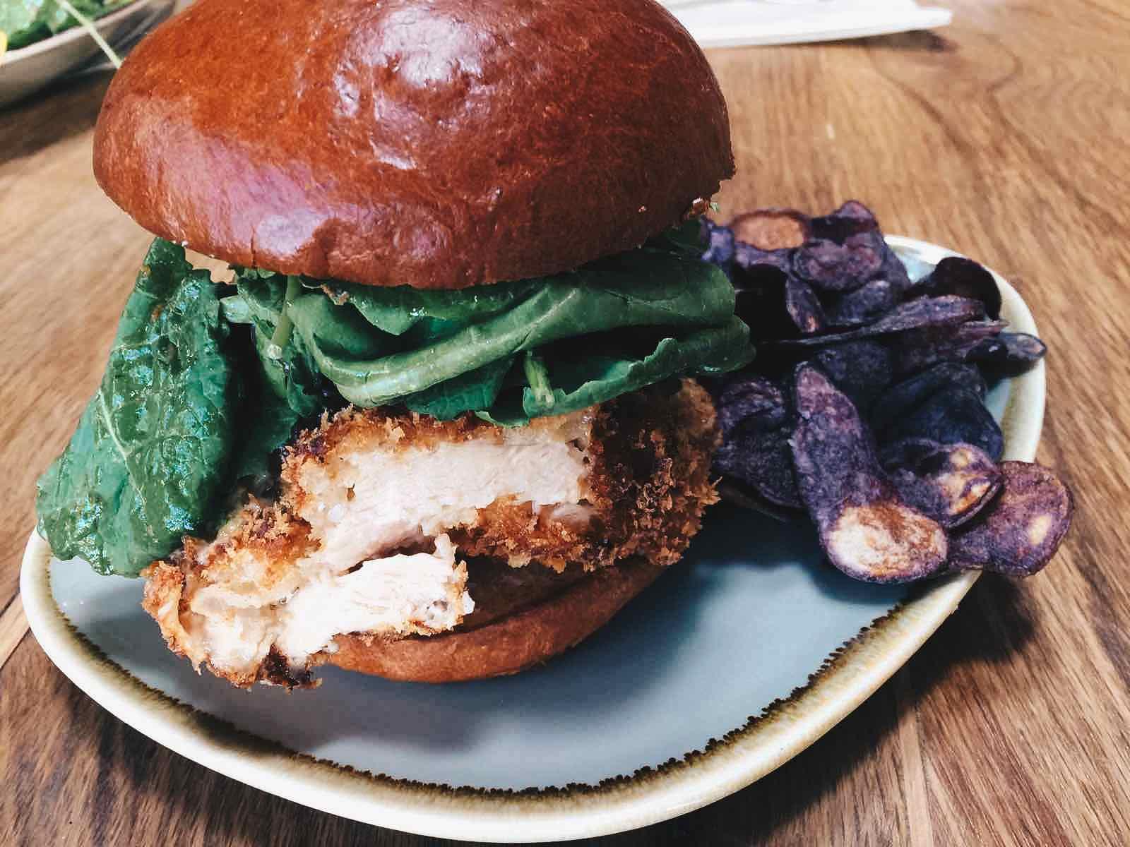 pono-burger-west-hollywood-1.jpg
