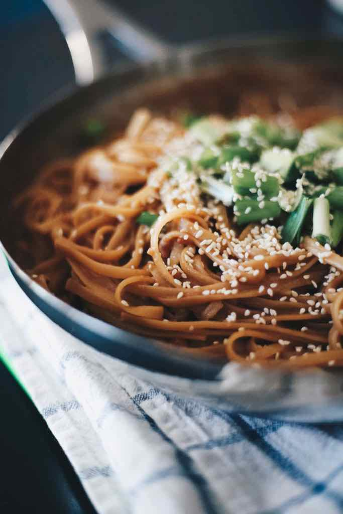 one-pan-peanut-butter-pasta-noodles-3.jpg