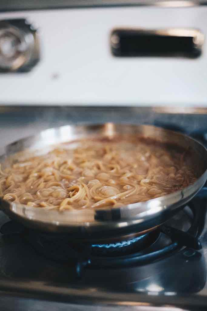 one-pan-peanut-butter-pasta-noodles-5.jpg