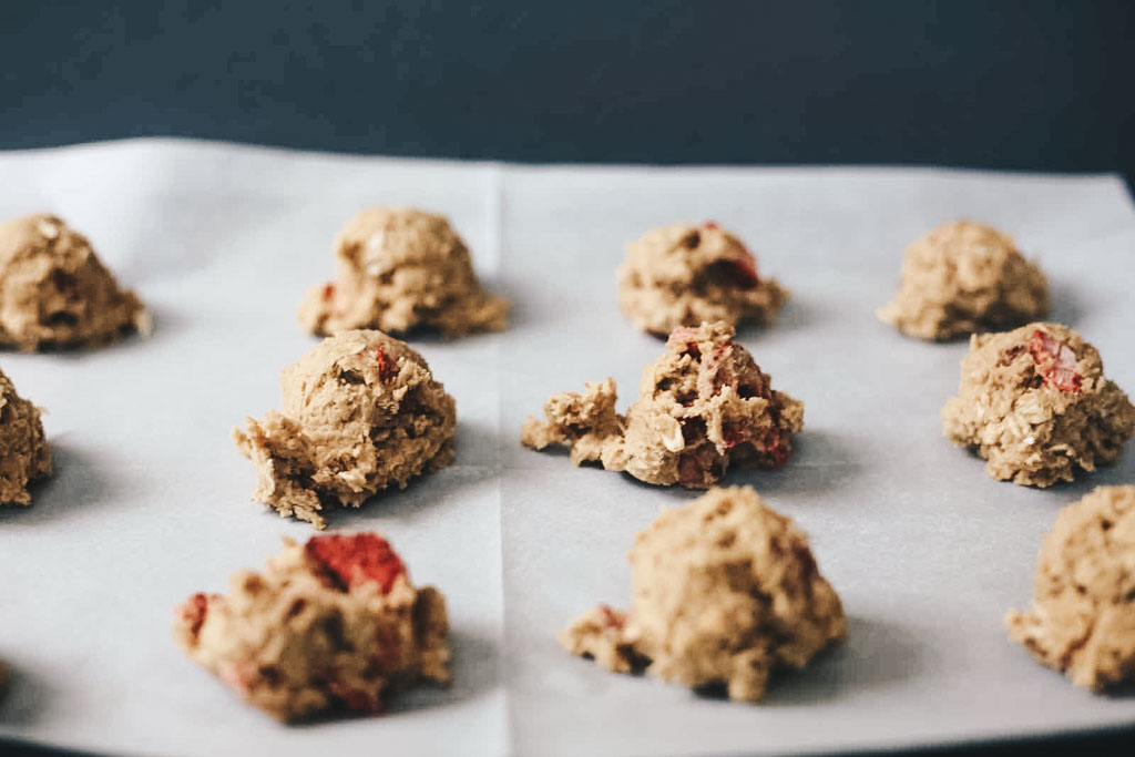 strawberry-oatmeal-cookie-dough.jpg
