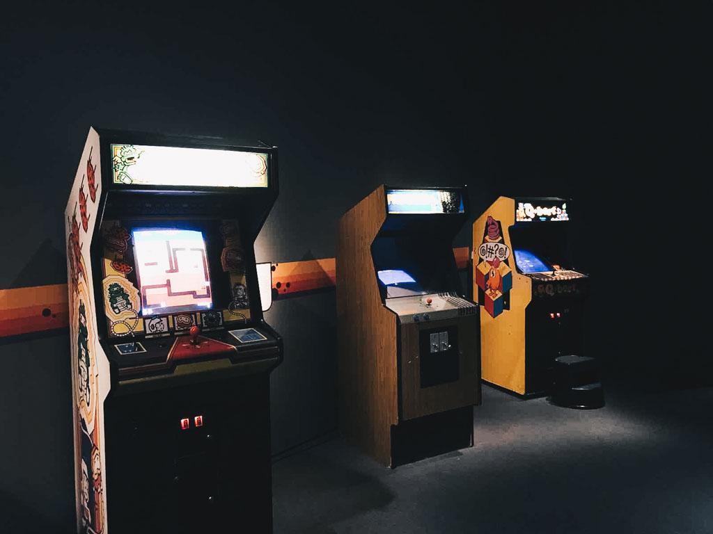 Vintage-Arcade-Games-NYC.jpg