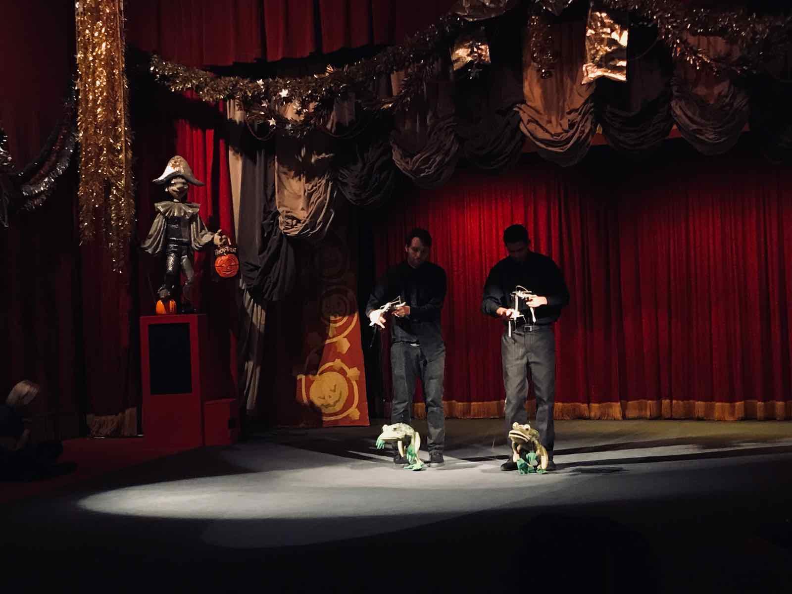 Bob-Baker-Marionette-Theater-3.jpg