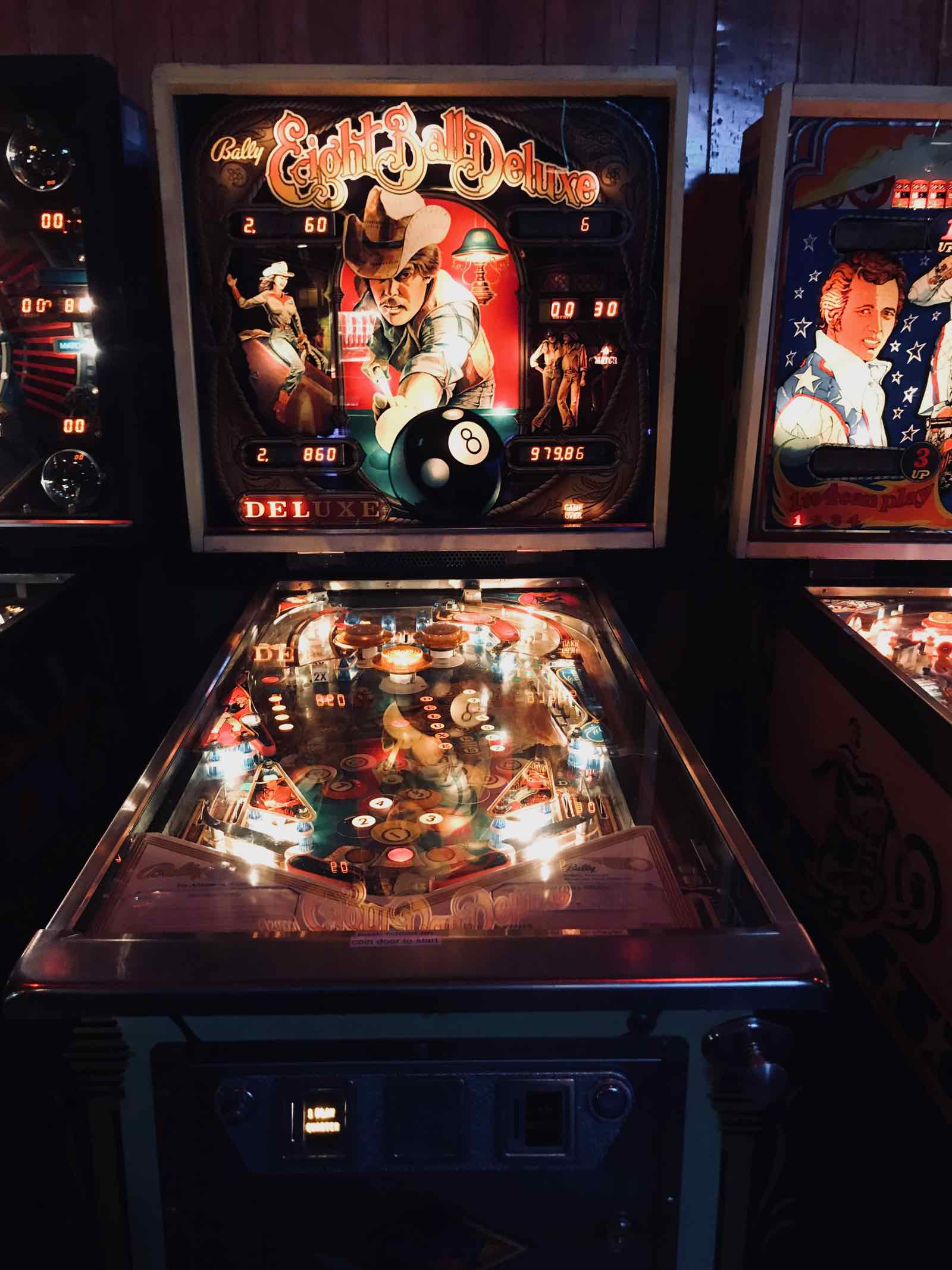 walts-bar-eagle-rock-pinball-7.jpg
