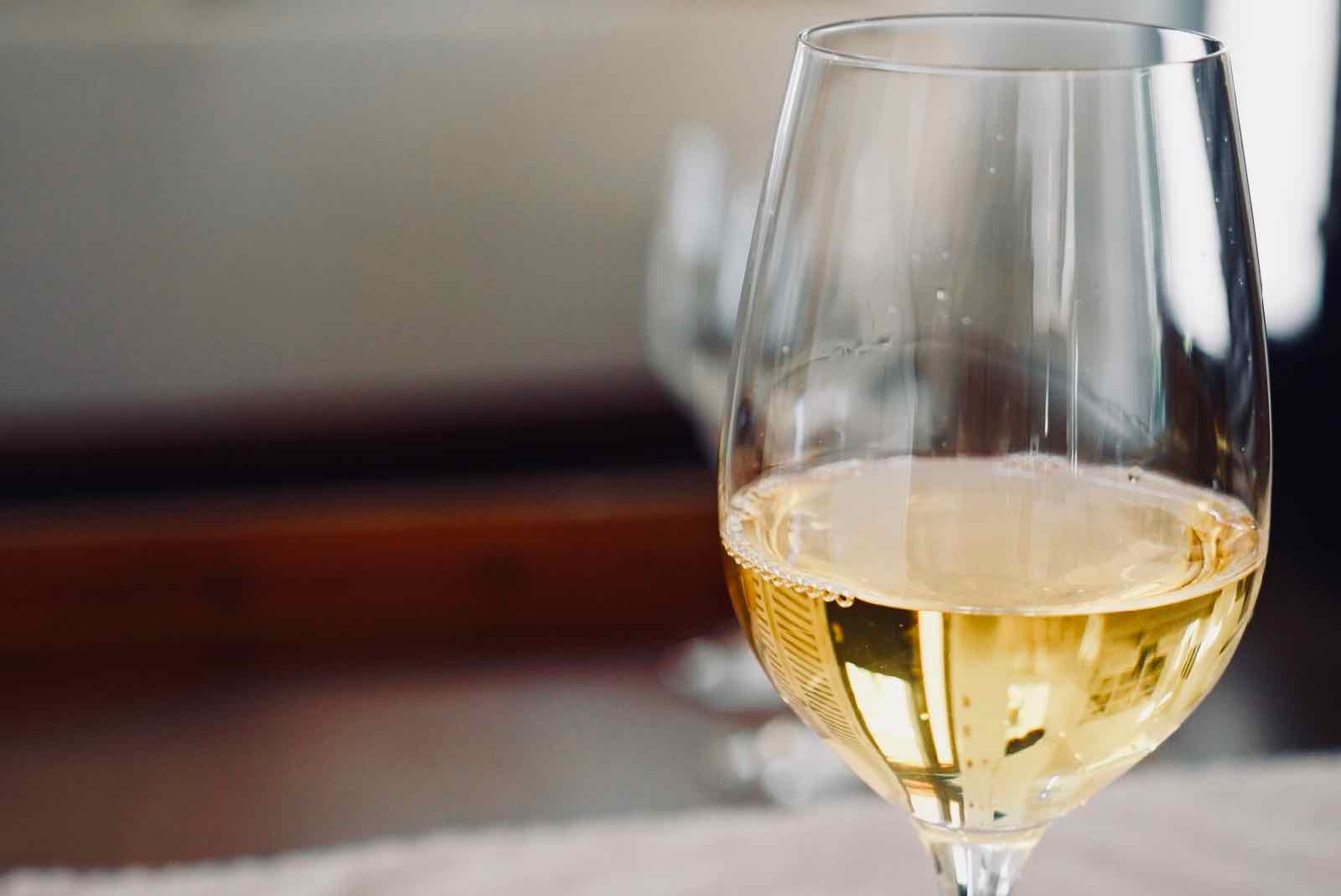 summerwood-winery-happy-hour-4.jpg