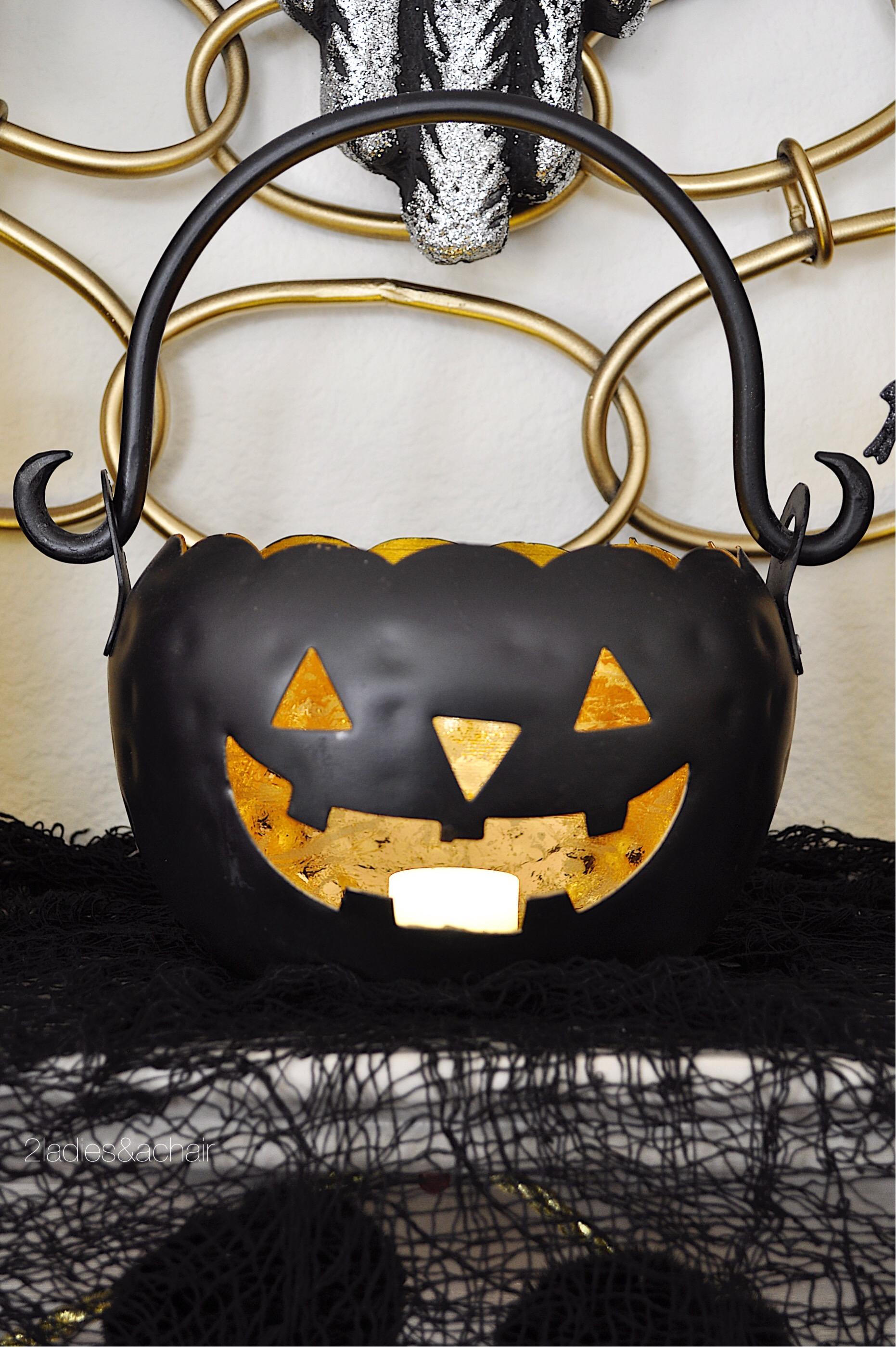 halloween mantel decorations FullSizeRender(89).jpg
