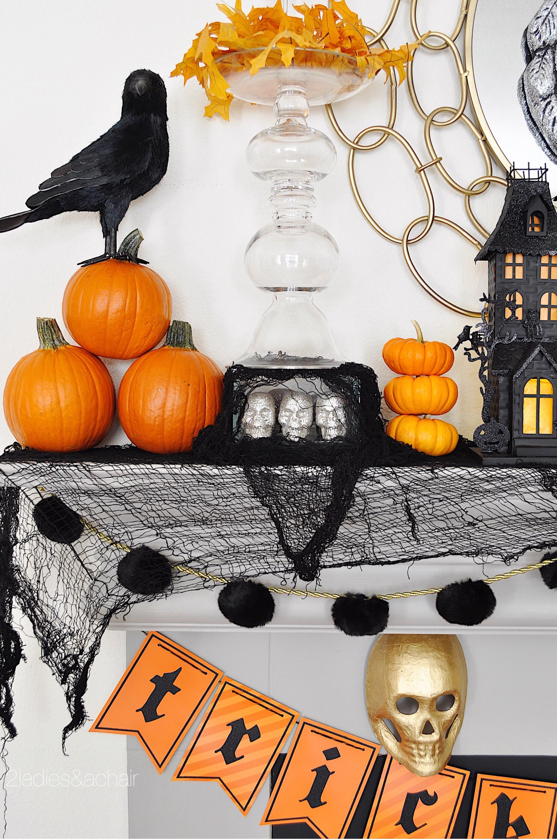 halloween mantel decorations FullSizeRender(90).jpg