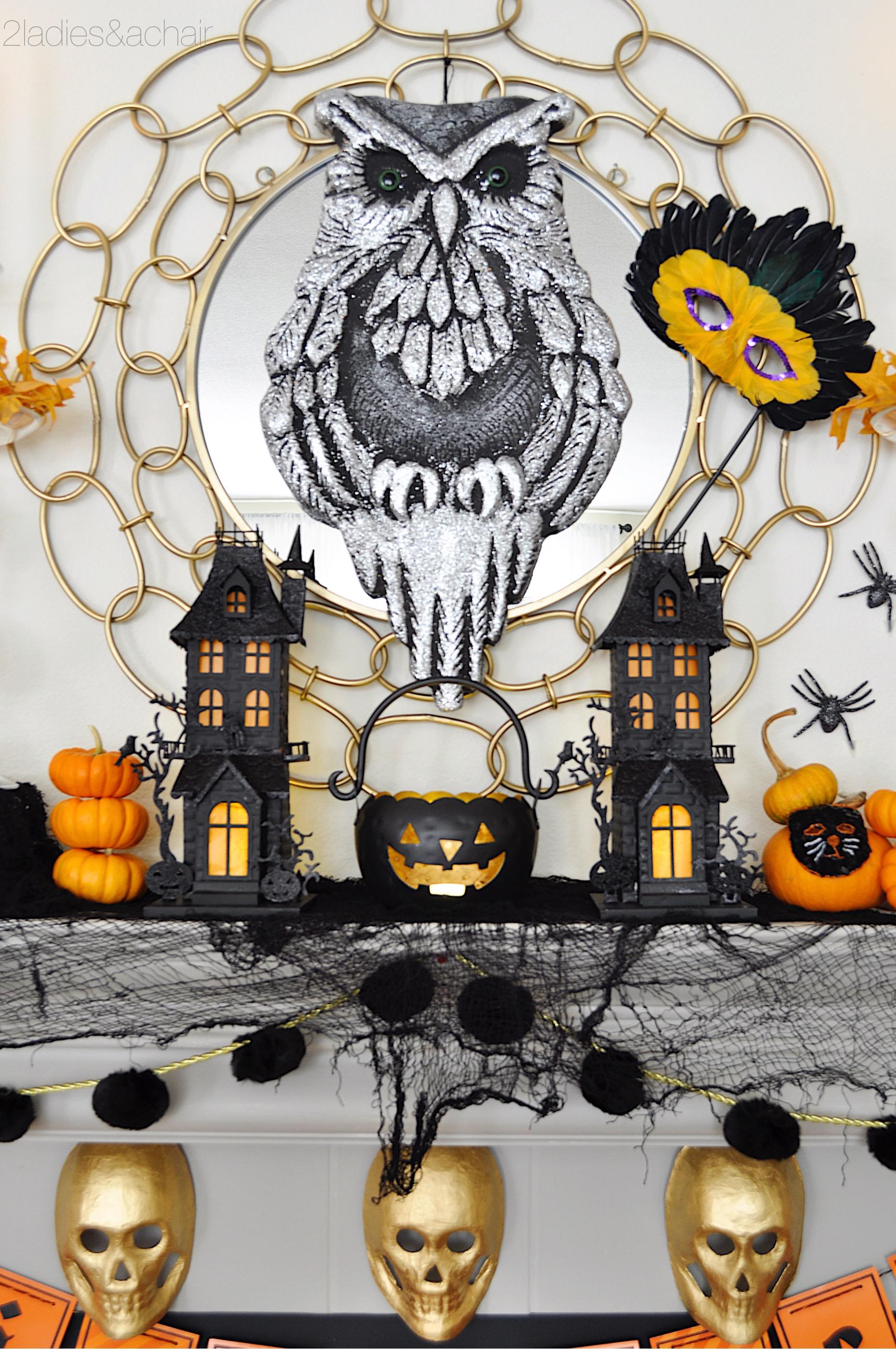 halloween mantel decorations IMG_8212.JPG