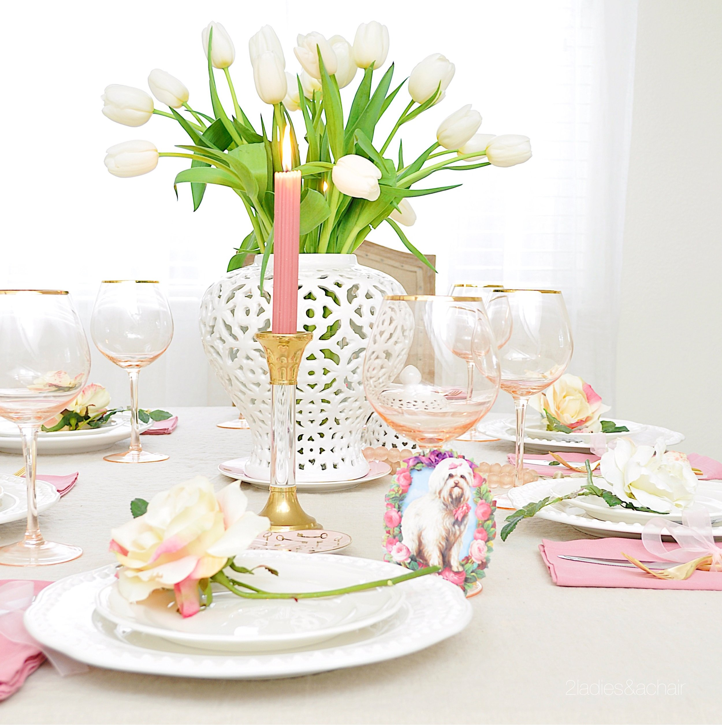 valentine's day table decor IMG_8951.JPG