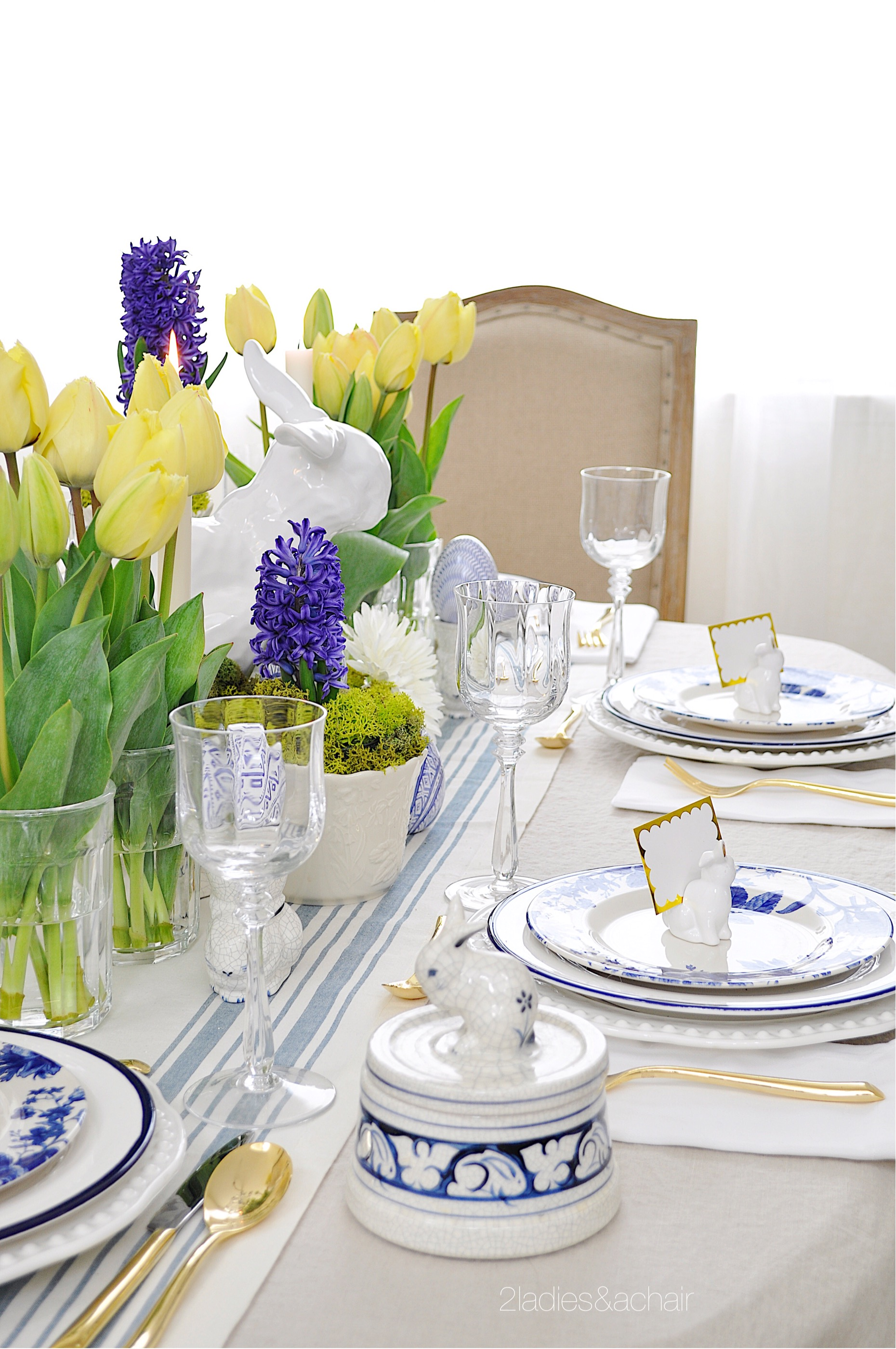 easter table IMG_1800.JPG