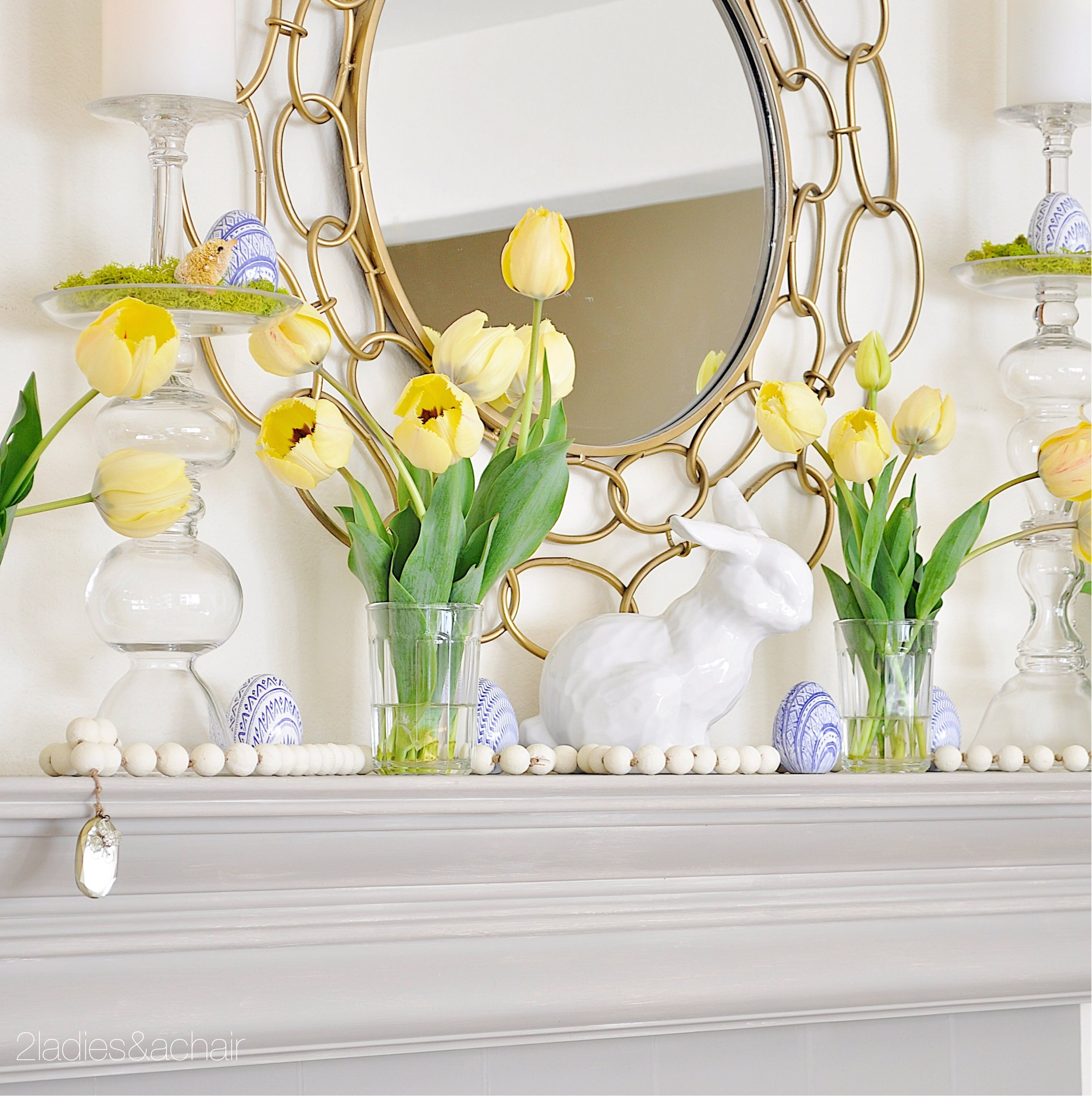 easter mantel decor IMG_1887.JPG