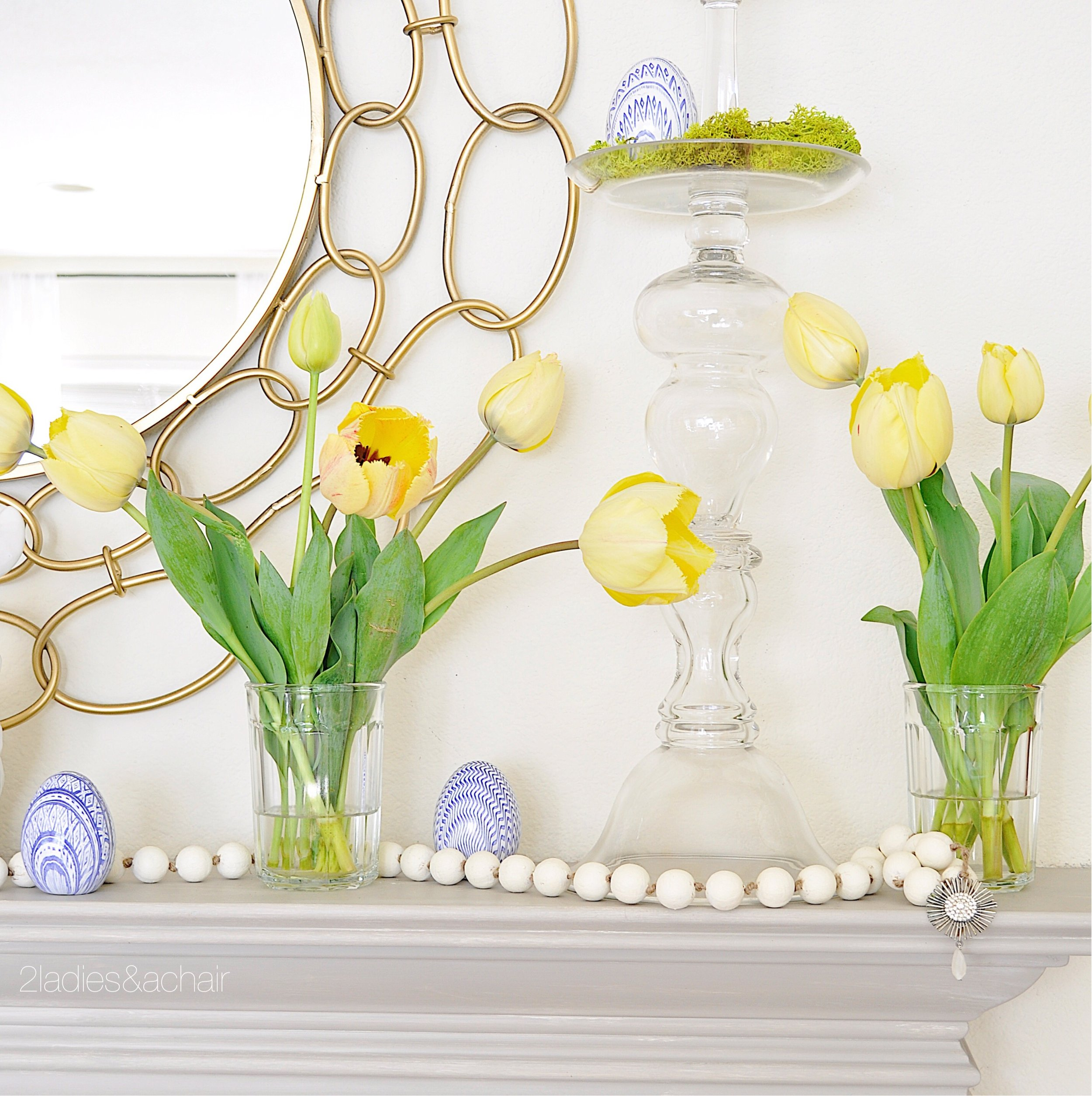 easter mantel decor IMG_1910.JPG