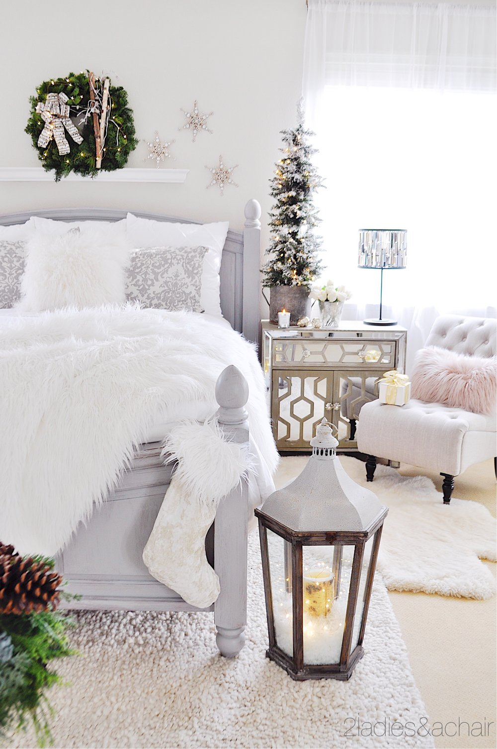 Simple Christmas Decor Ideas For Your Bedroom — 14 Ladies & A Chair