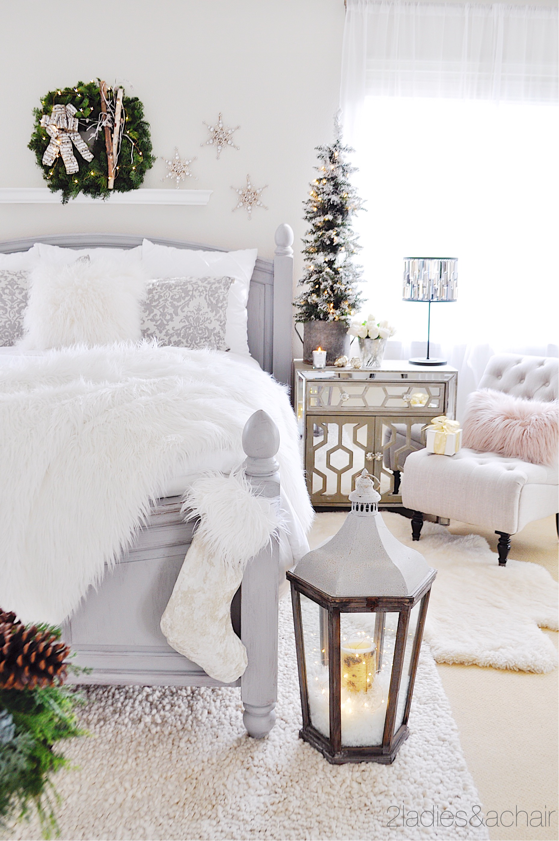 Simple Christmas Decor Ideas For Your Bedroom \u2014 2 Ladies \u0026 A