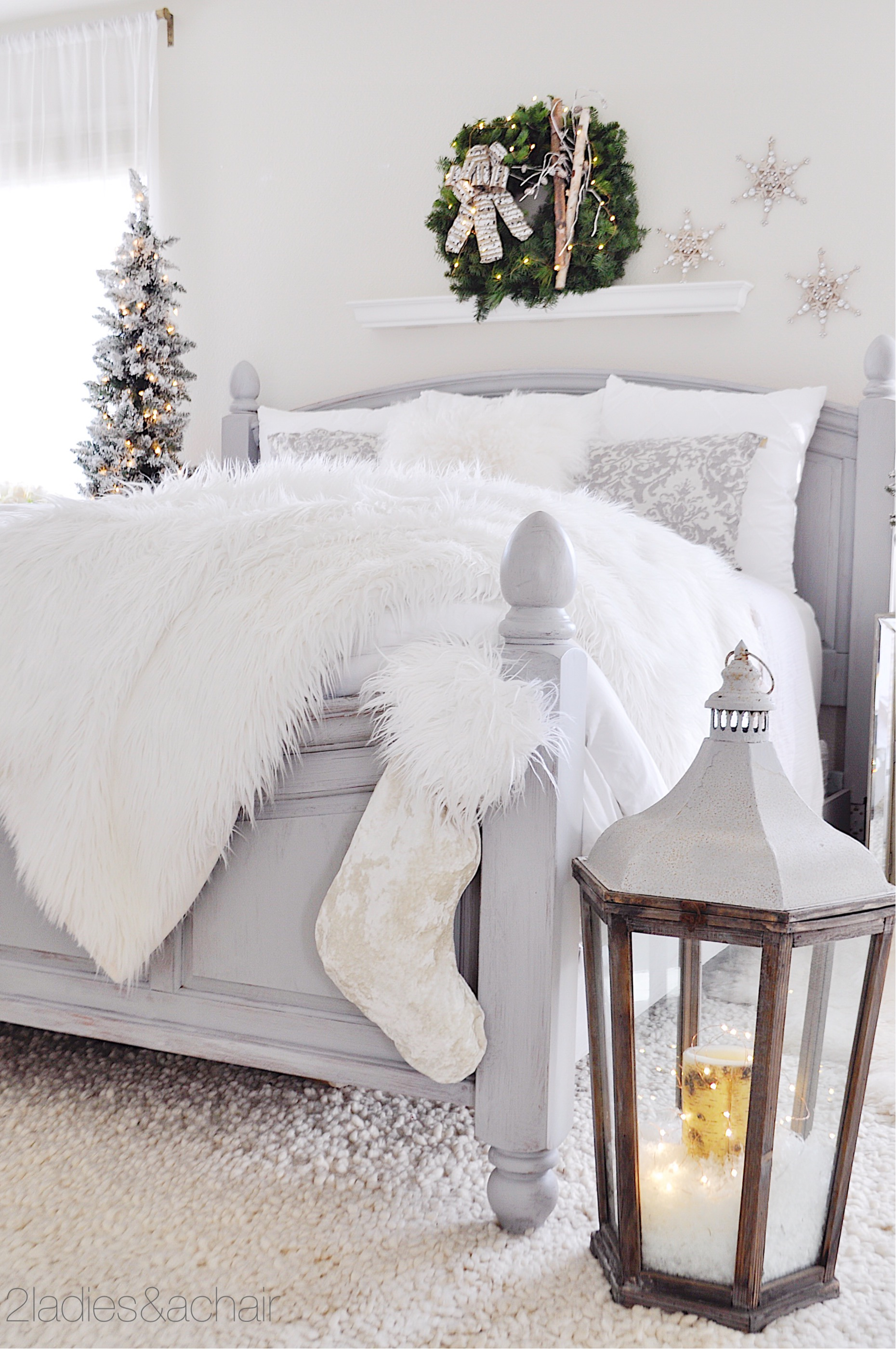 christmas bedroom decor IMG_9881.JPG