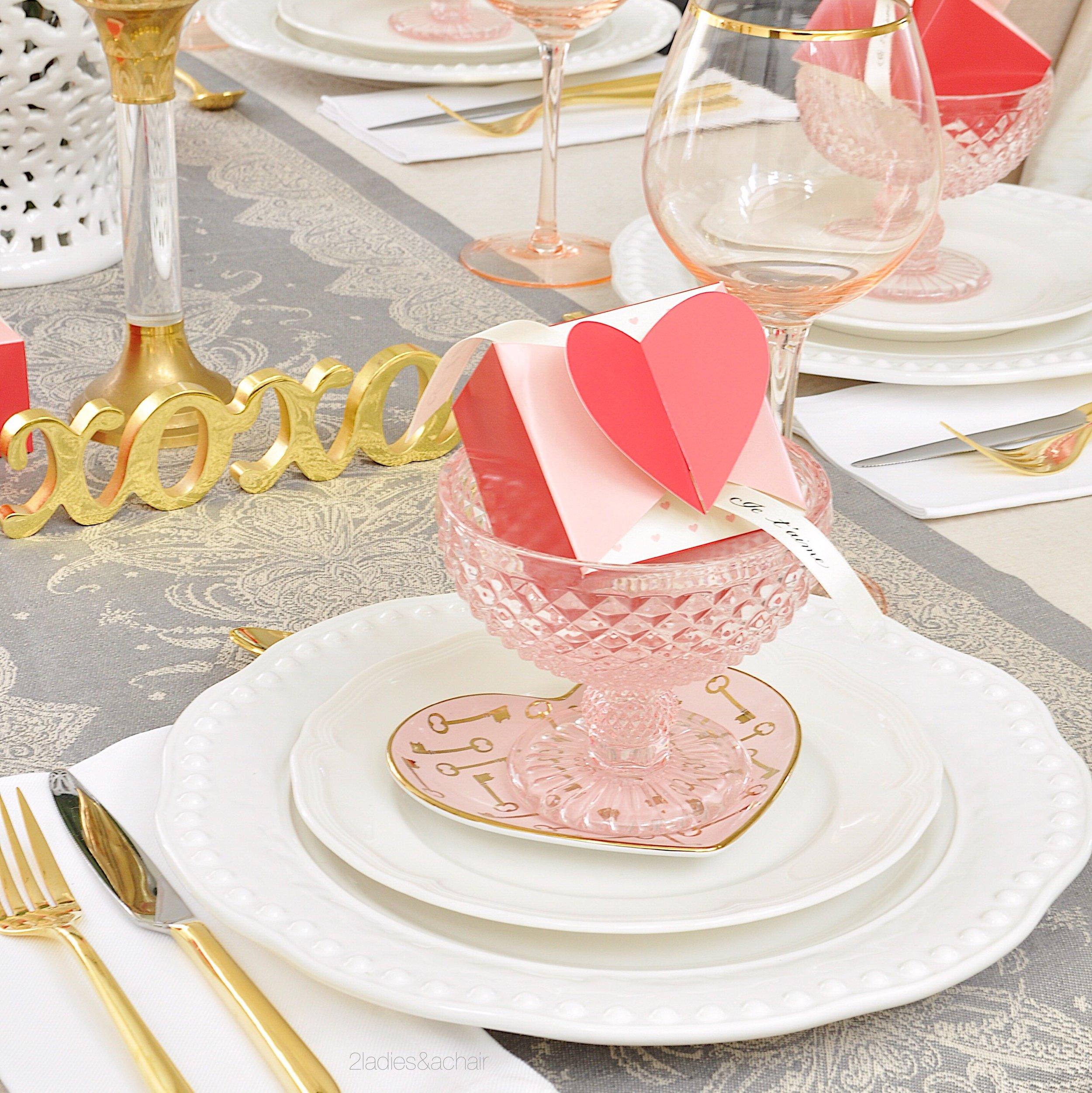 valentines day table decor IMG_0345.JPG