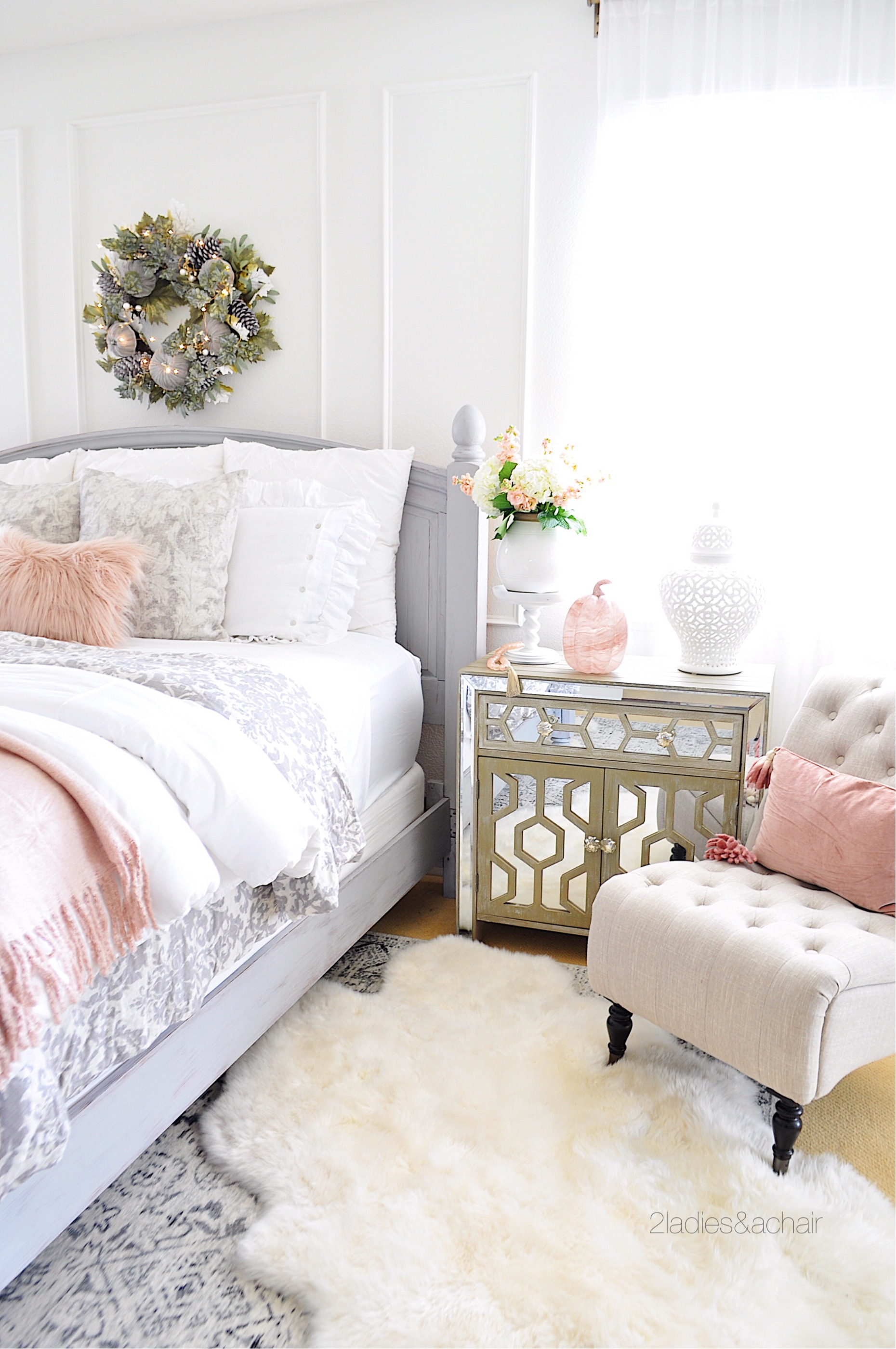 Simple Fall Bedroom Decor 2 Ladies A Chair