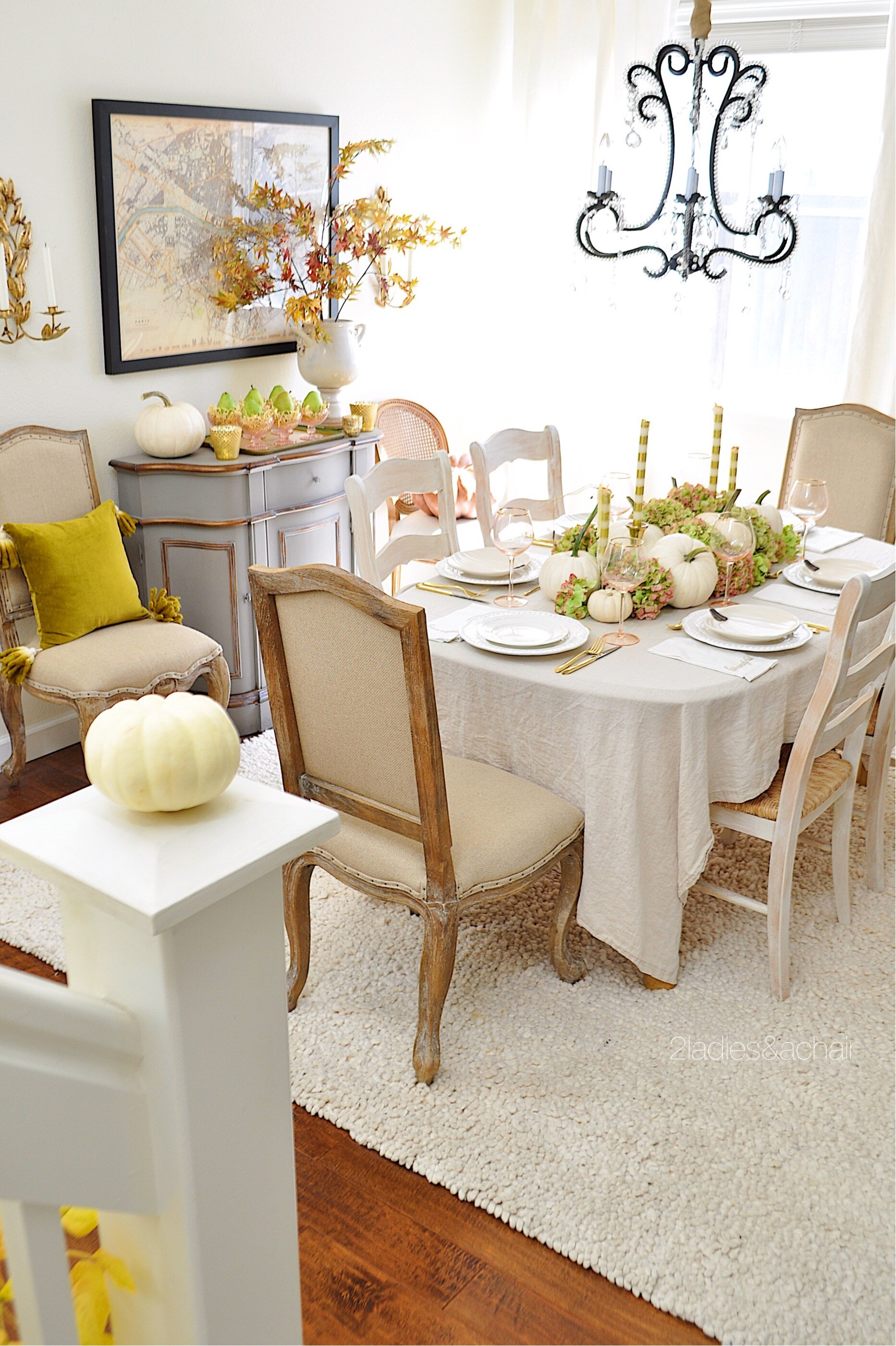 thanksgiving table IMG_1477.JPG