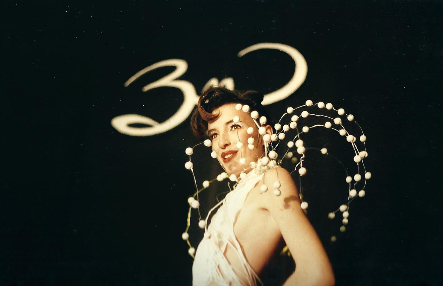 show13