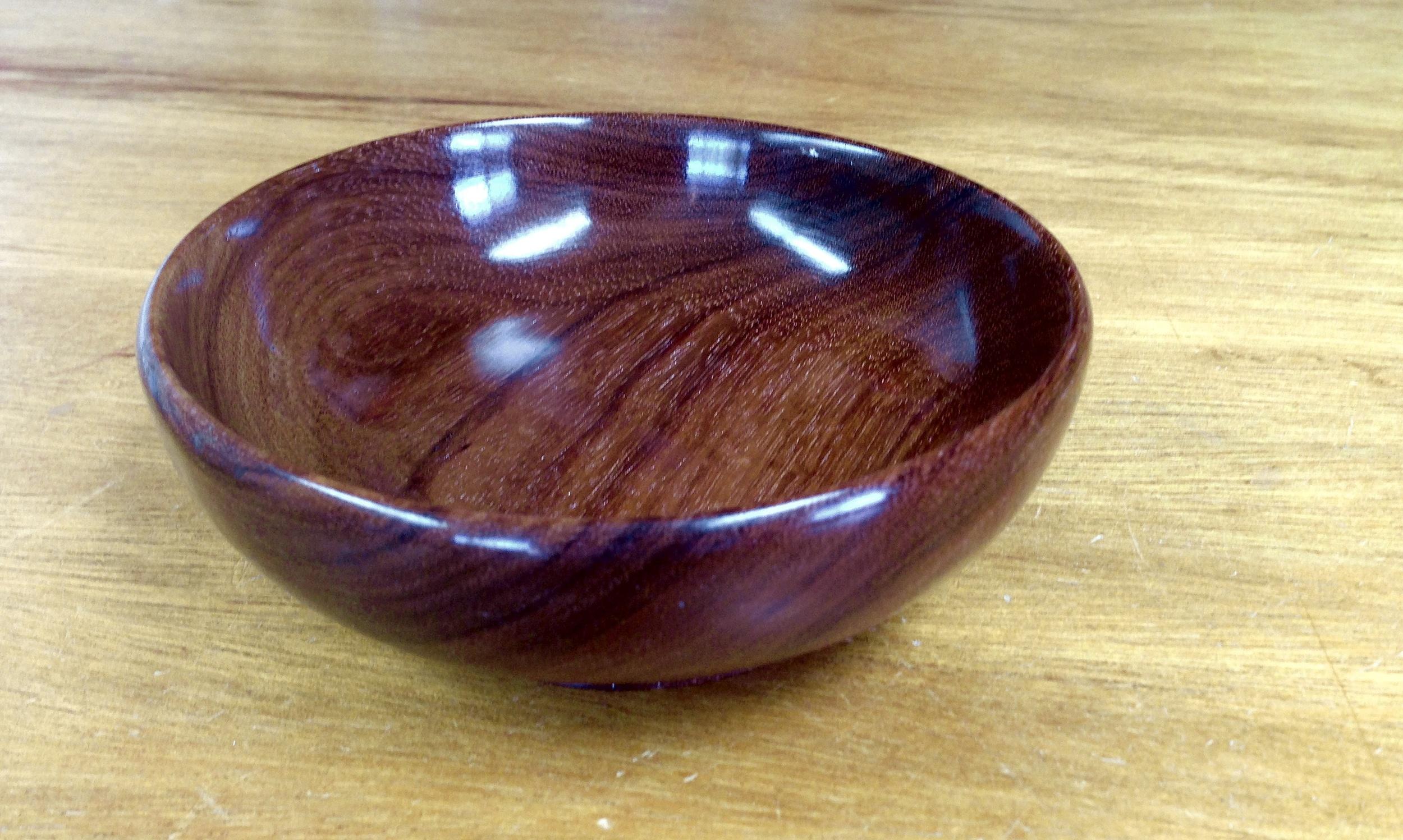 Hormigo Negro Bowl
