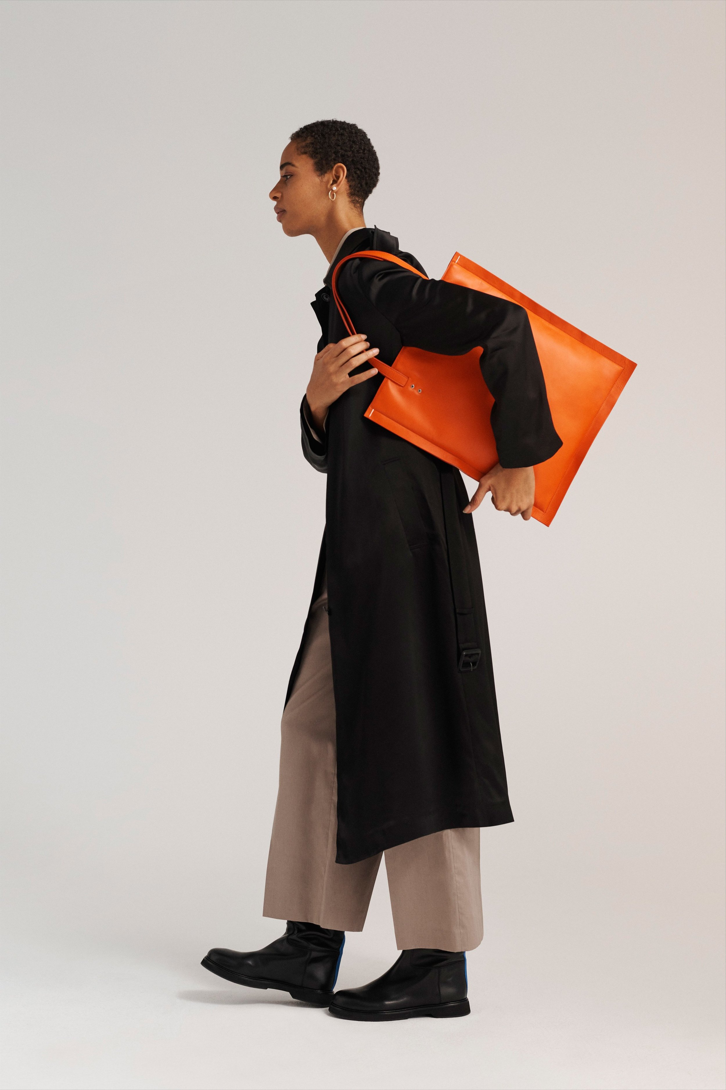 00004-joseph-london-pre-fall-19.jpg