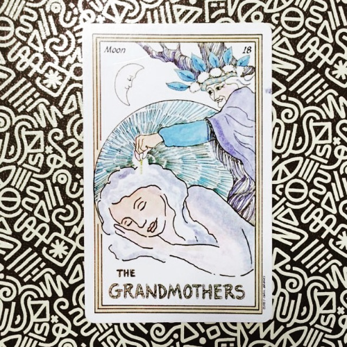 This is the card I pulled yesterday which couldn't be more perfect for the New Moon in Cancer: The Grandmothers - also known as 'The Moon' card in the Major Arcana. The message is simple: we are all creative channels for the divine, it's time to embrace and harness our manifesting power and co-create with the flow of life. Call upon the ancestors for guidance.