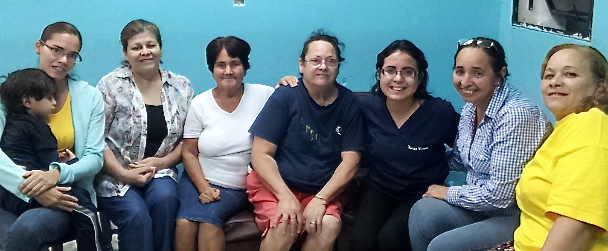 Principe de Paz Group (new member on the left, Sunilda to her right)