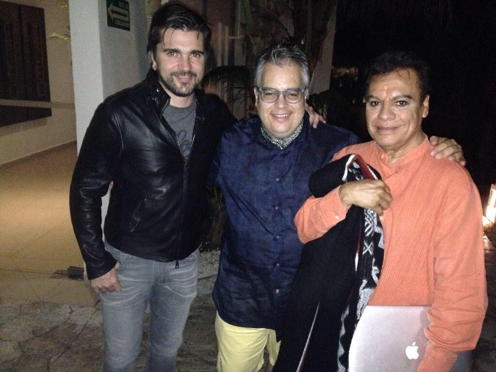 Juanes-Juan Gabriel-Farias.jpg