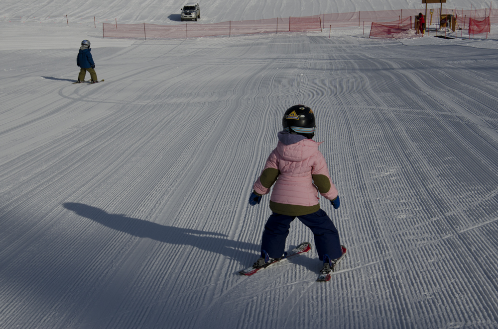 3 year olds on skis