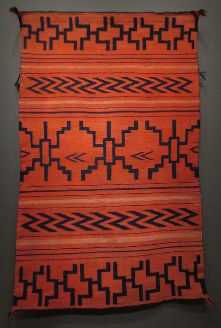 Navajo blanket (ca. 1870). De Young Museum, San Francisco.