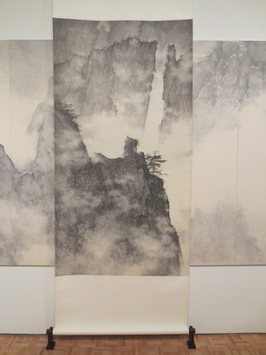 "Scroll in ""Dragons Amidst Mountain Ridge"" (2006-9), by Li Huayi."