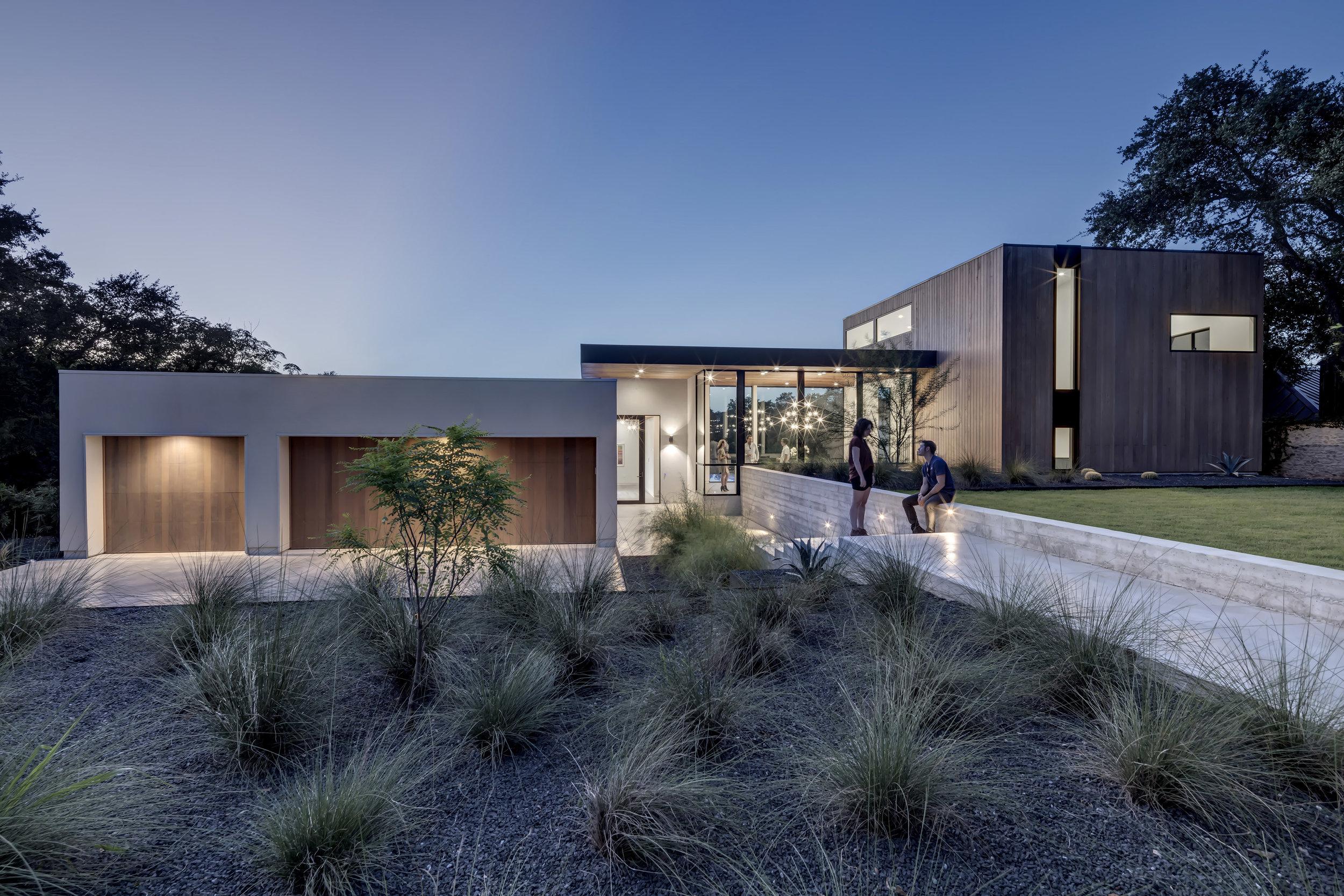 Matt Fajkus MF Architecture Bracketed Space House Photo 1 by Charles Davis Smith.jpg