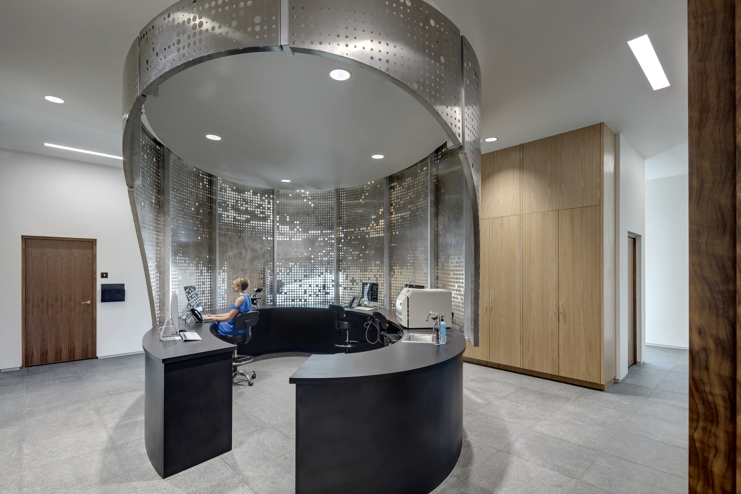 Westlake Dermatology Cedar Park by Matt Fajkus Architecture_interior photo 7 by Charles Davis Smith.jpg