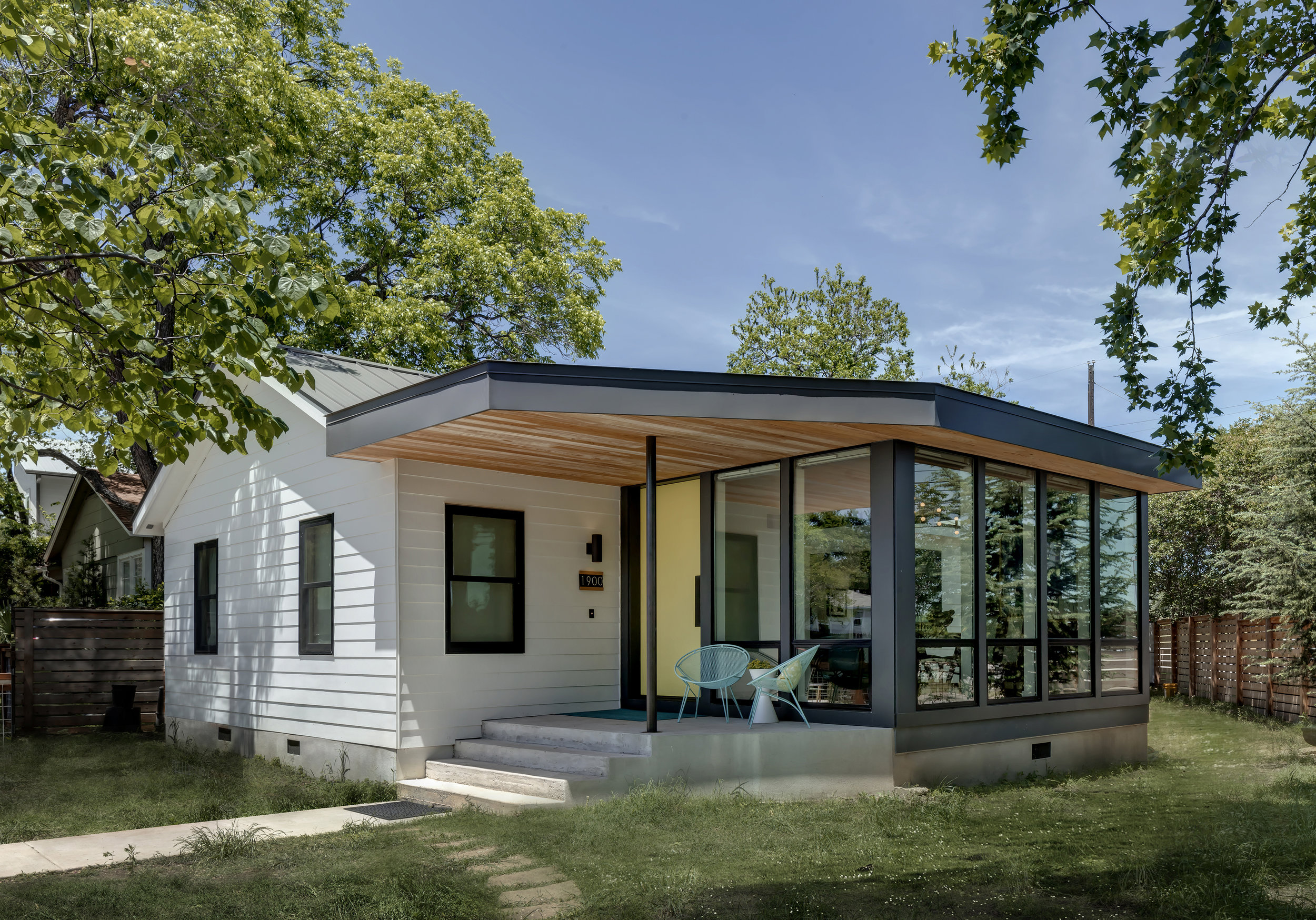 Interlock House by Matt Fajkus MF Architecture_Photo 6 by Charles Davis Smith.jpg