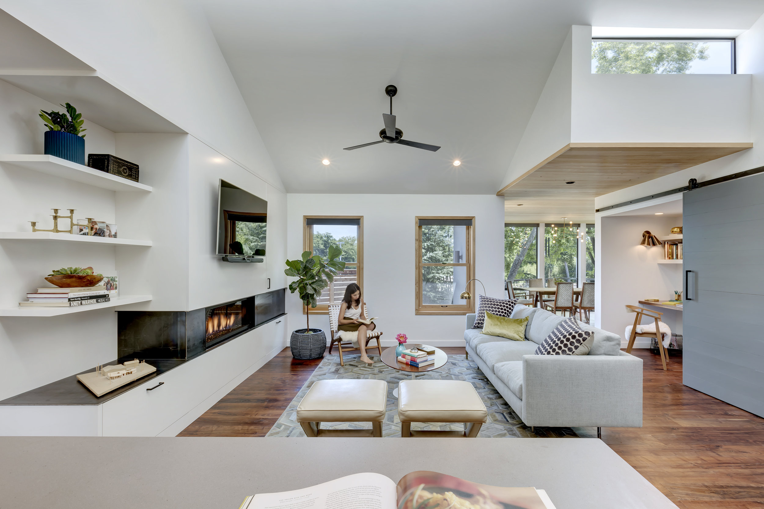 Interlock House by Matt Fajkus MF Architecture_Photo 3 by Charles Davis Smith.jpg