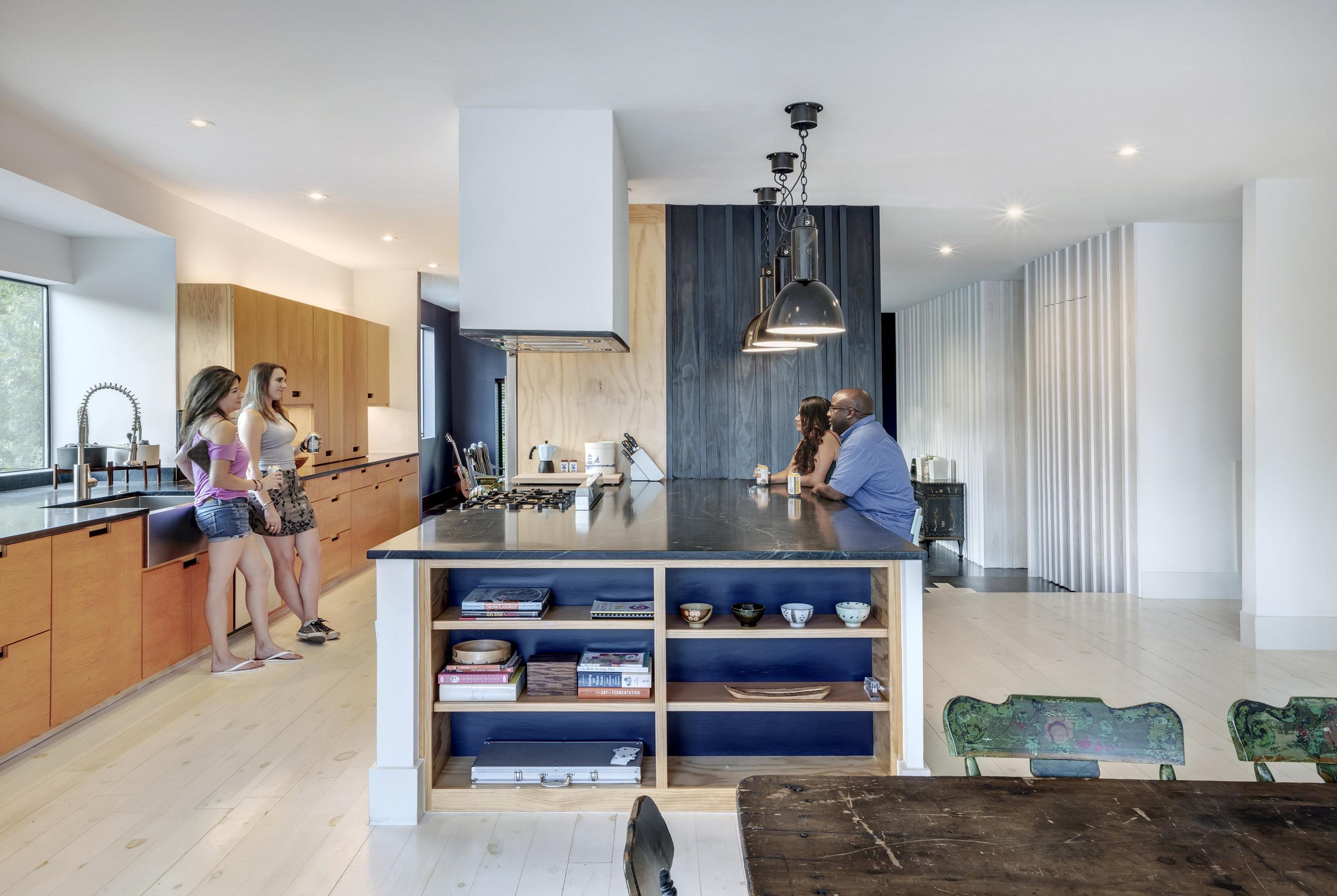 10 Mullet House by Matt Fajkus Architecture. Photo by Charles Davis Smith.jpg