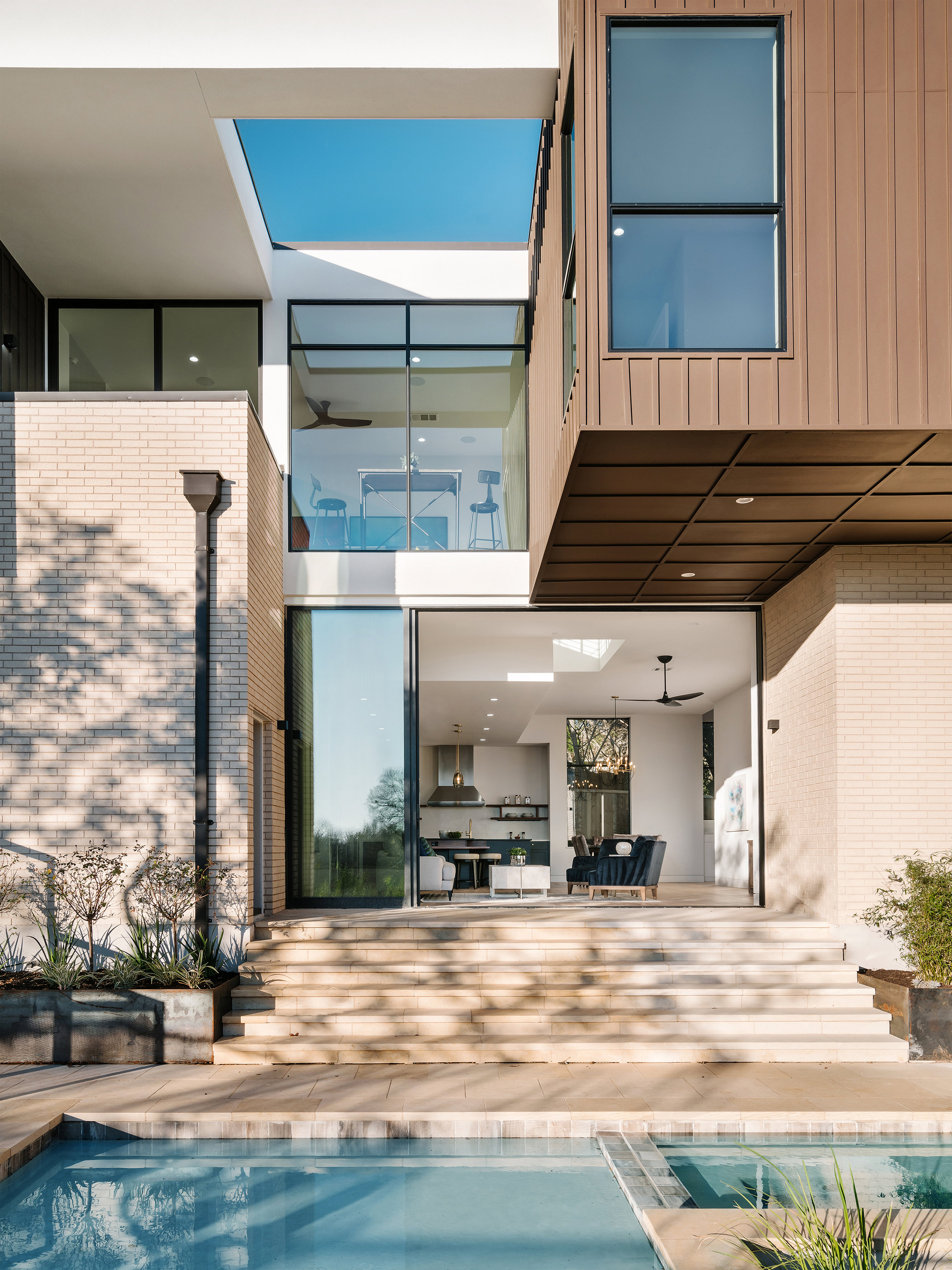9 Allotted Space House by Matt Fajkus Architecture. Photo by Chase Daniel.jpg