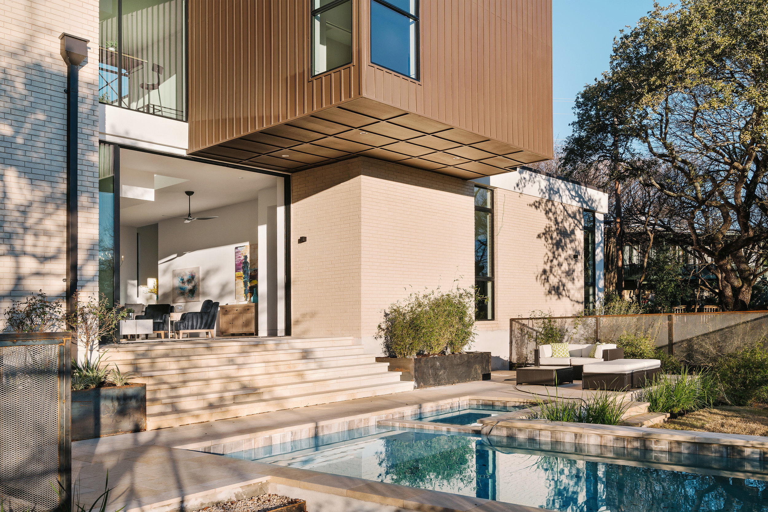 10 Allotted Space House by Matt Fajkus Architecture. Photo by Chase Daniel.jpg