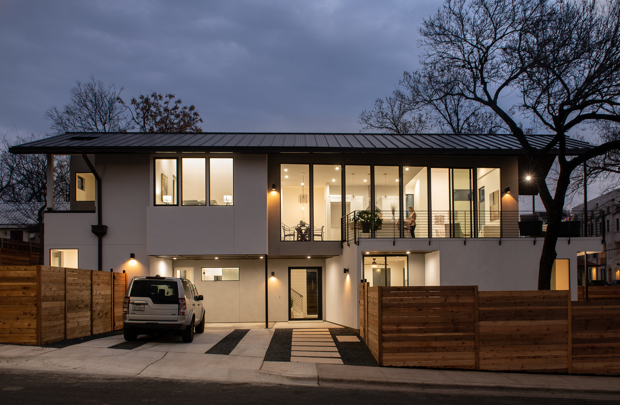 1 Curve Street Residence by Matt Fajkus Architecture. Photo by Casey Woods.jpg